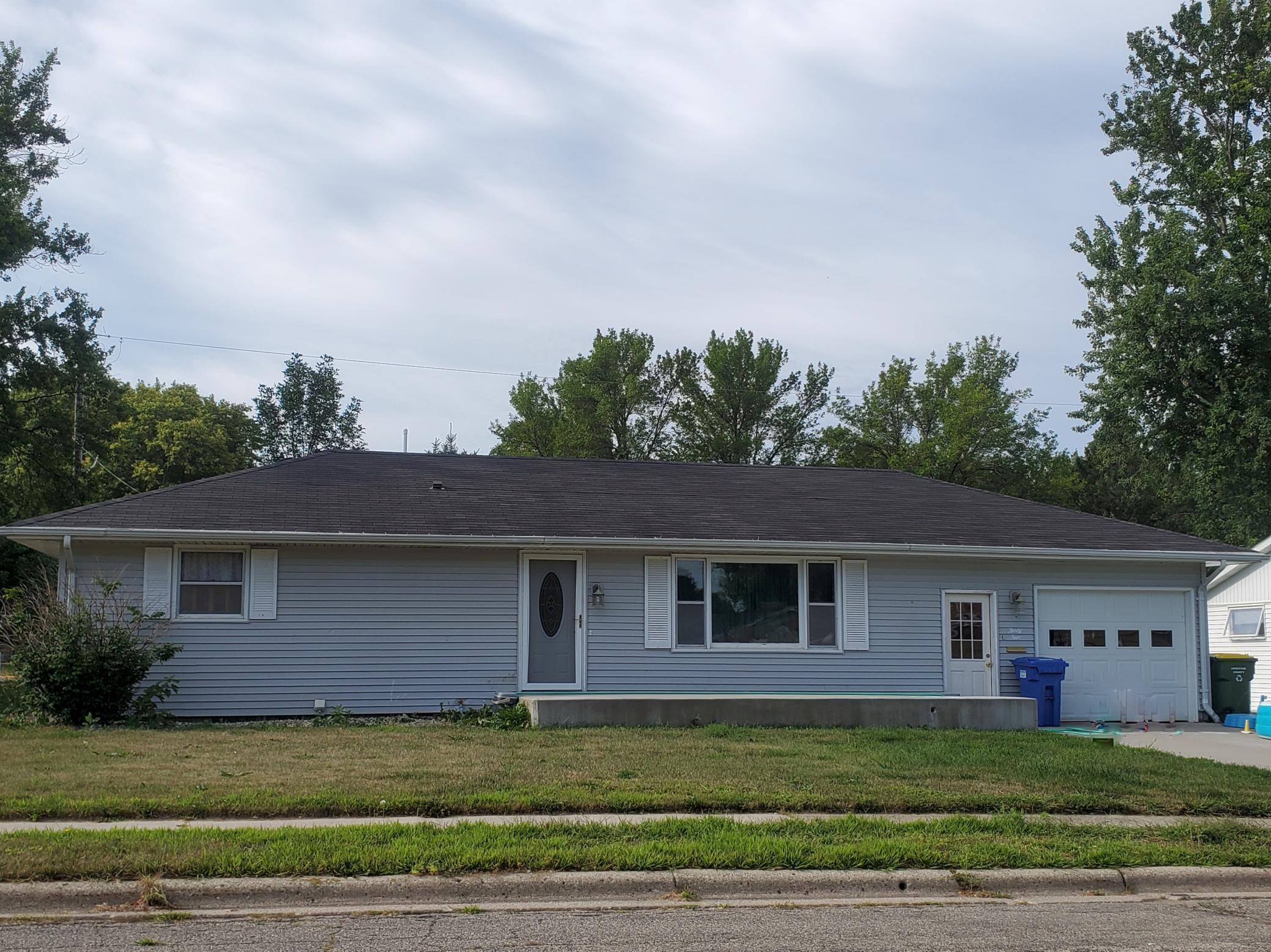 34 Elbon Drive Property Photo - Pipestone, MN real estate listing