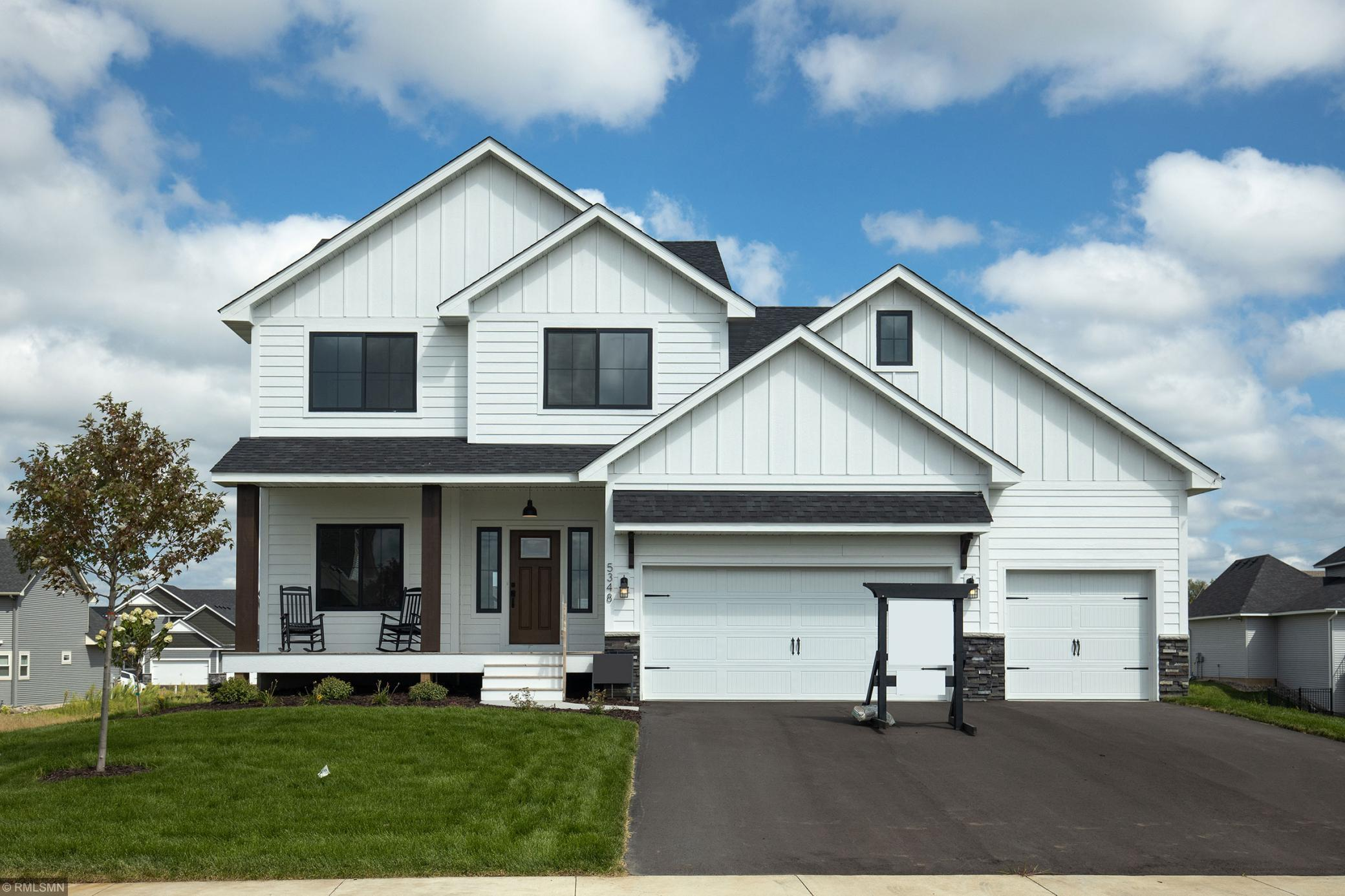 20181 Harvest Drive W Property Photo - Lakeville, MN real estate listing