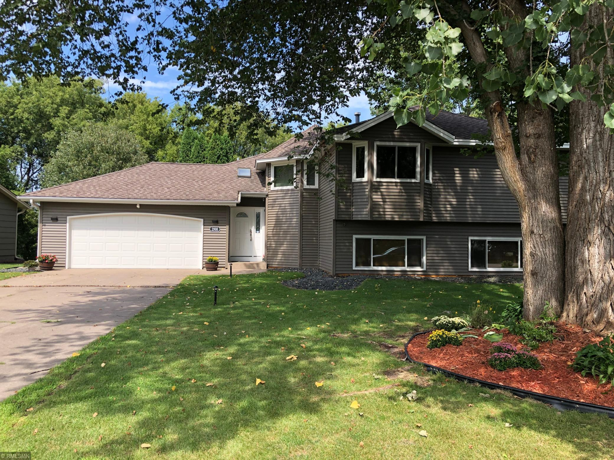 2900 98th Avenue N Property Photo - Brooklyn Park, MN real estate listing