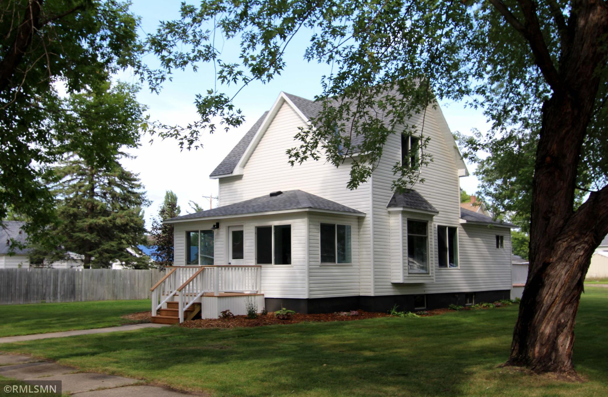 340 Prairie Avenue S Property Photo - Brooten, MN real estate listing