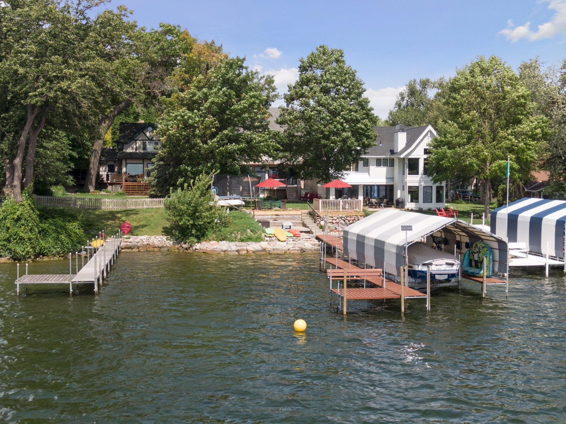 375 Lakeview Avenue Property Photo