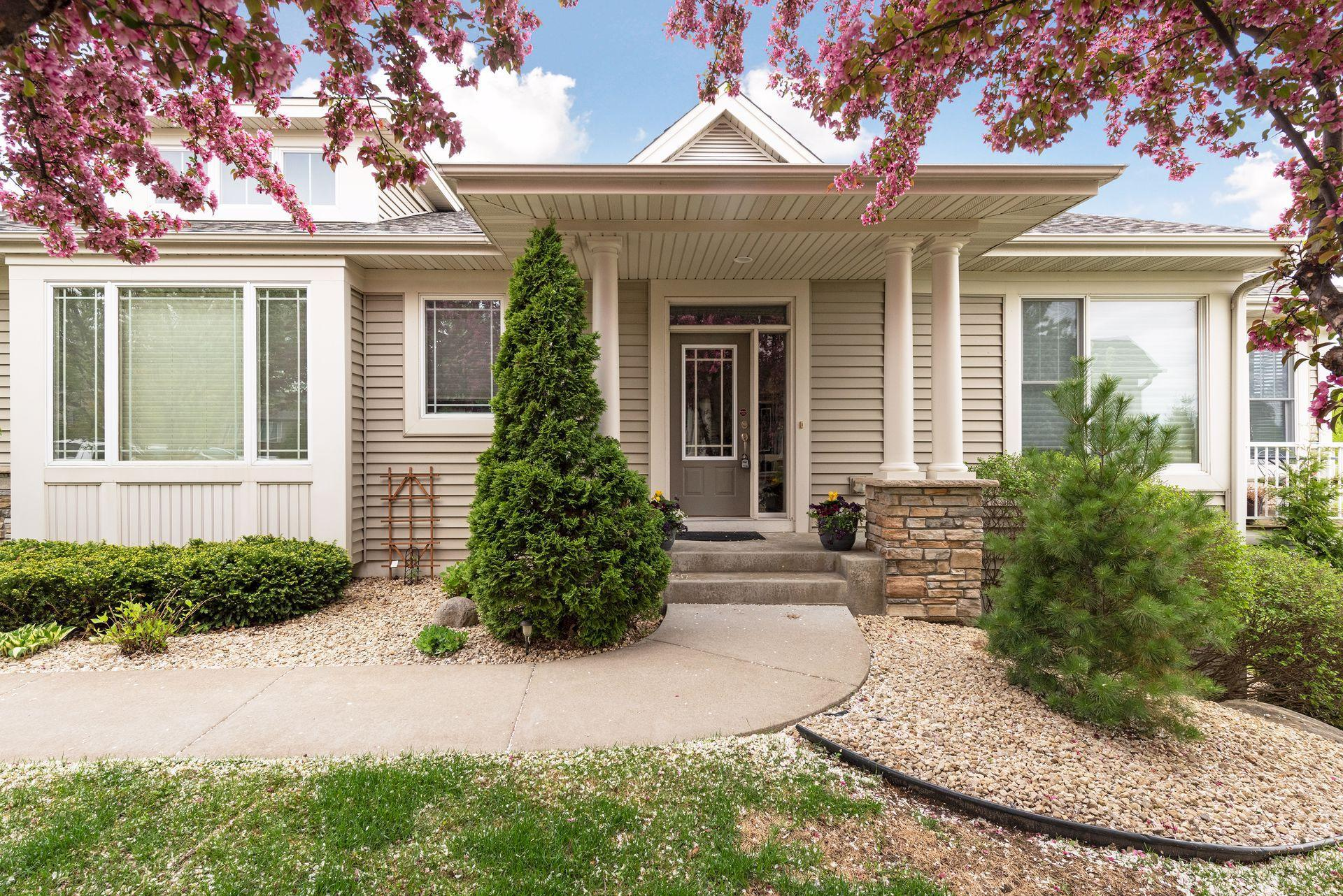 3823 Linden Drive E Property Photo