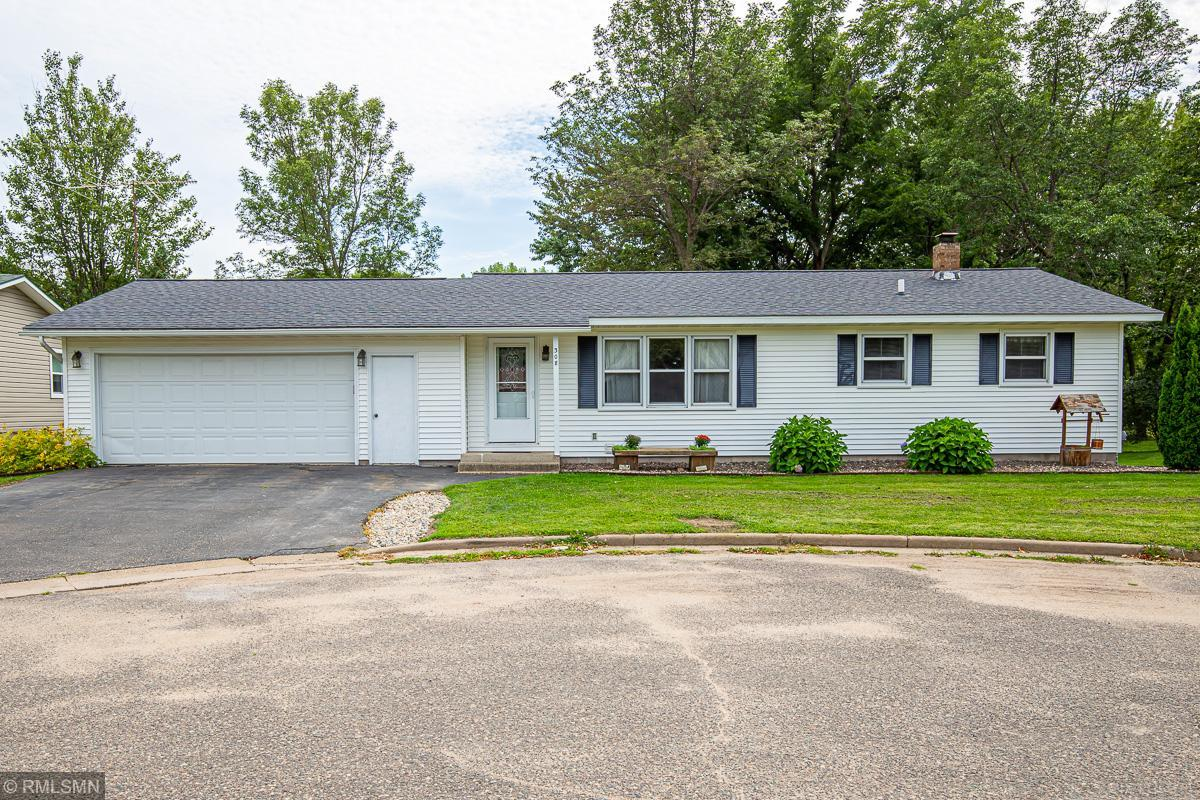 308 Russell Court Property Photo - Woodville, WI real estate listing