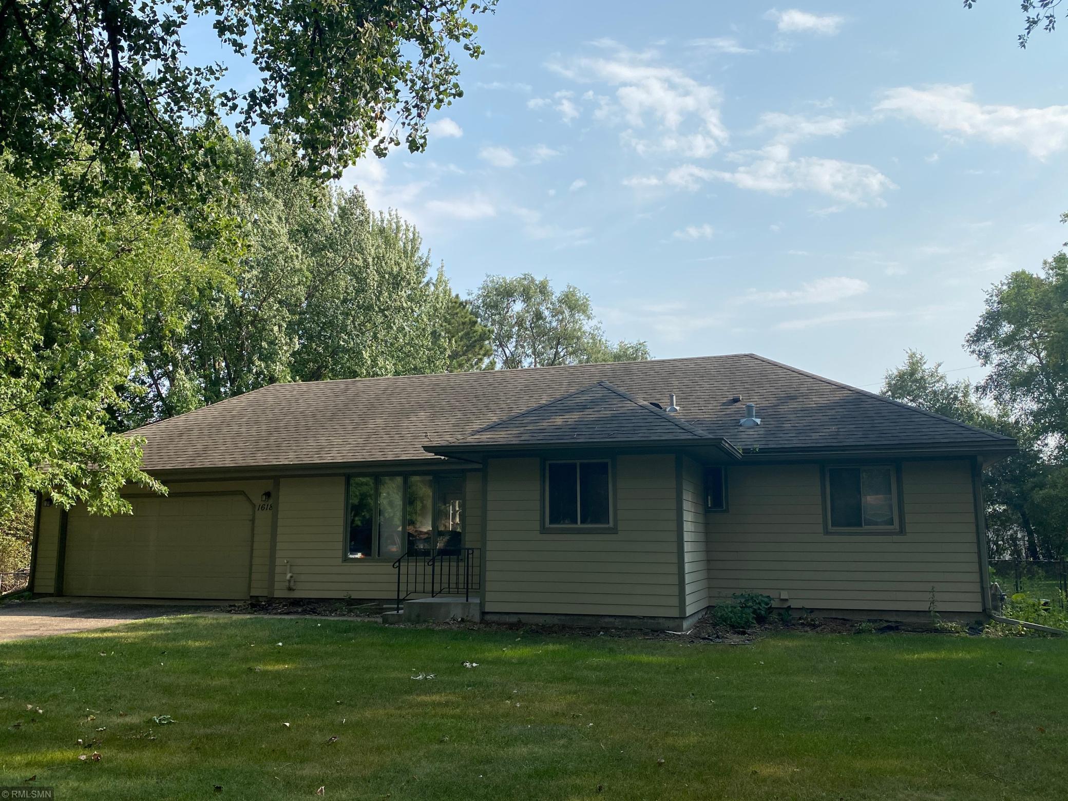 16181 Westgate Trail Property Photo - Eden Prairie, MN real estate listing