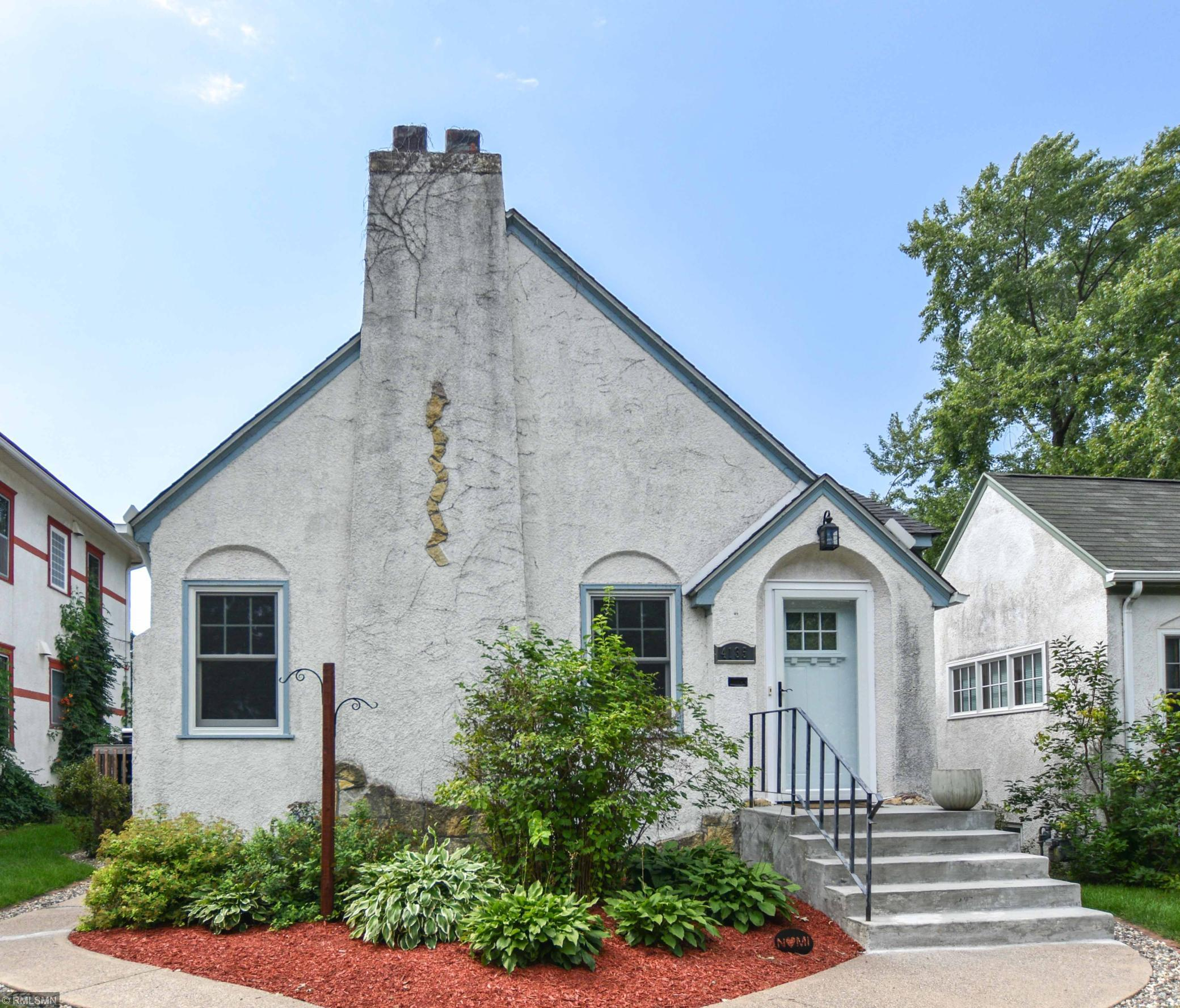 4135 Queen Avenue N Property Photo - Minneapolis, MN real estate listing