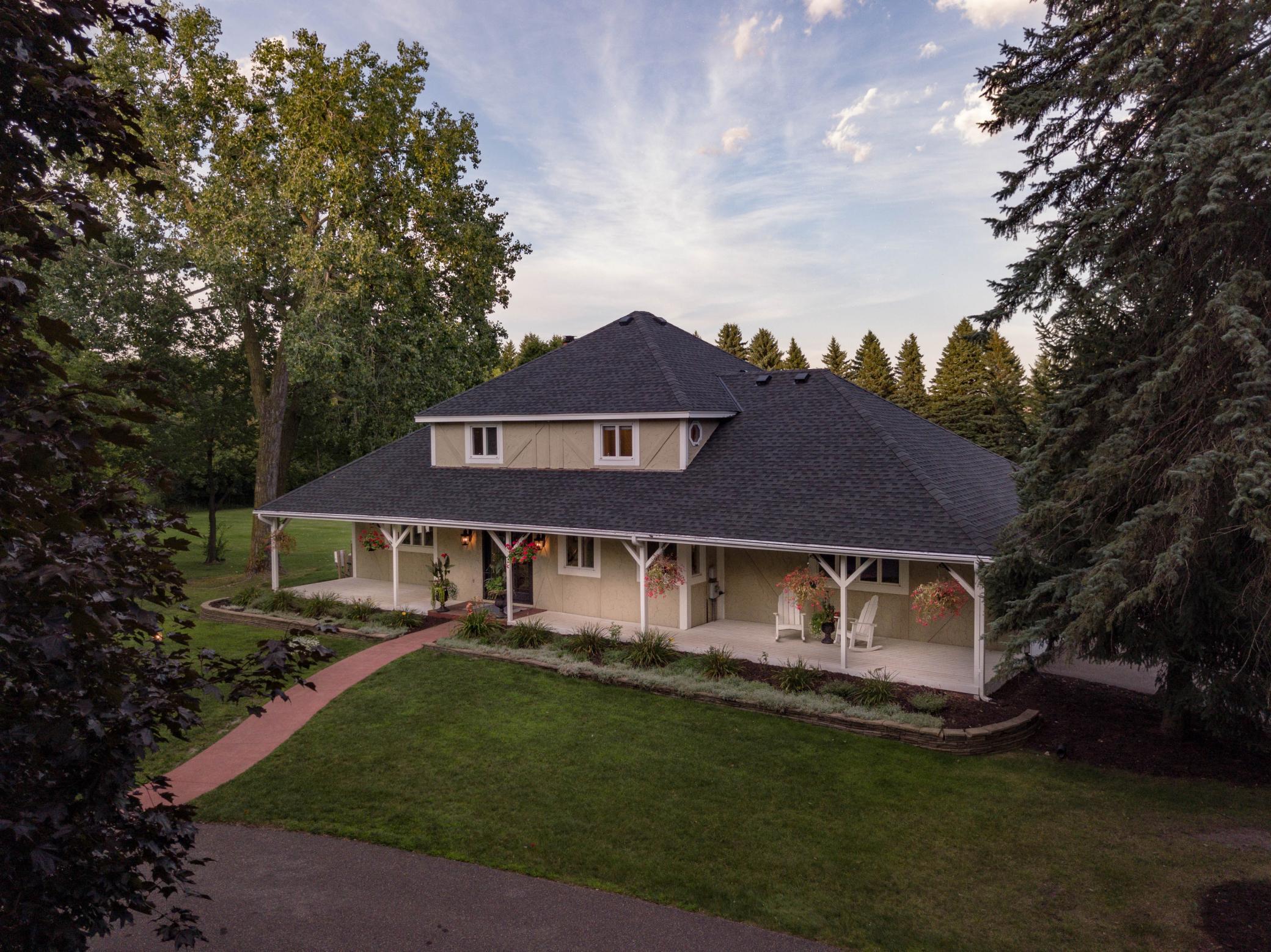 3614 Big Fox Road Property Photo - Gem Lake, MN real estate listing