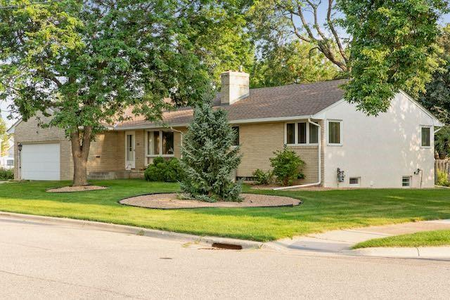 215 8th Street S Property Photo - South Saint Paul, MN real estate listing
