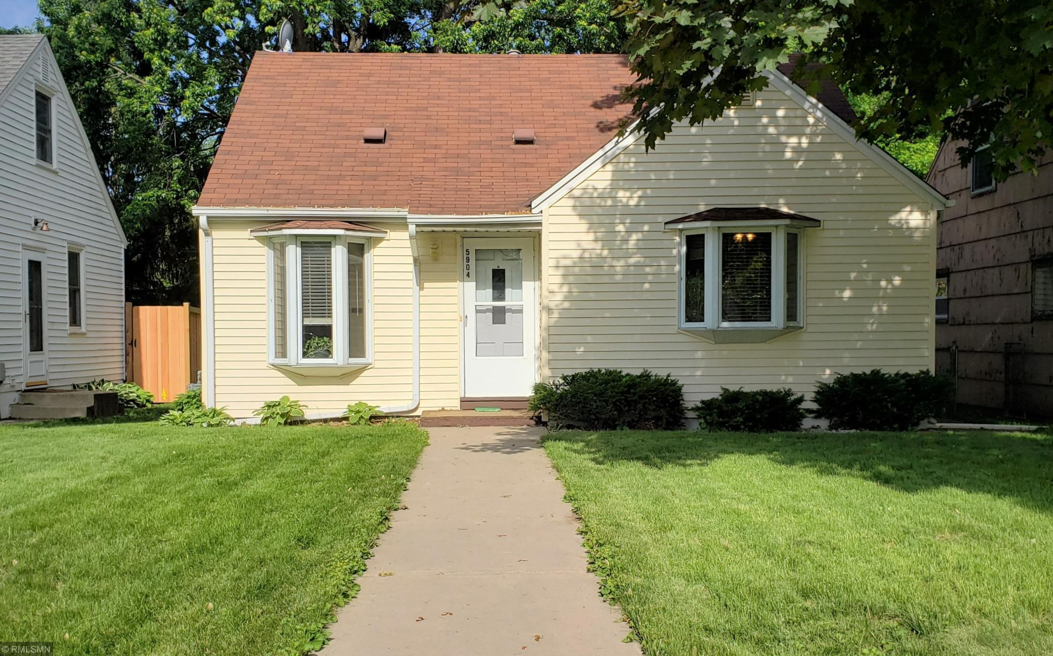 5904 Russell Avenue S Property Photo - Minneapolis, MN real estate listing