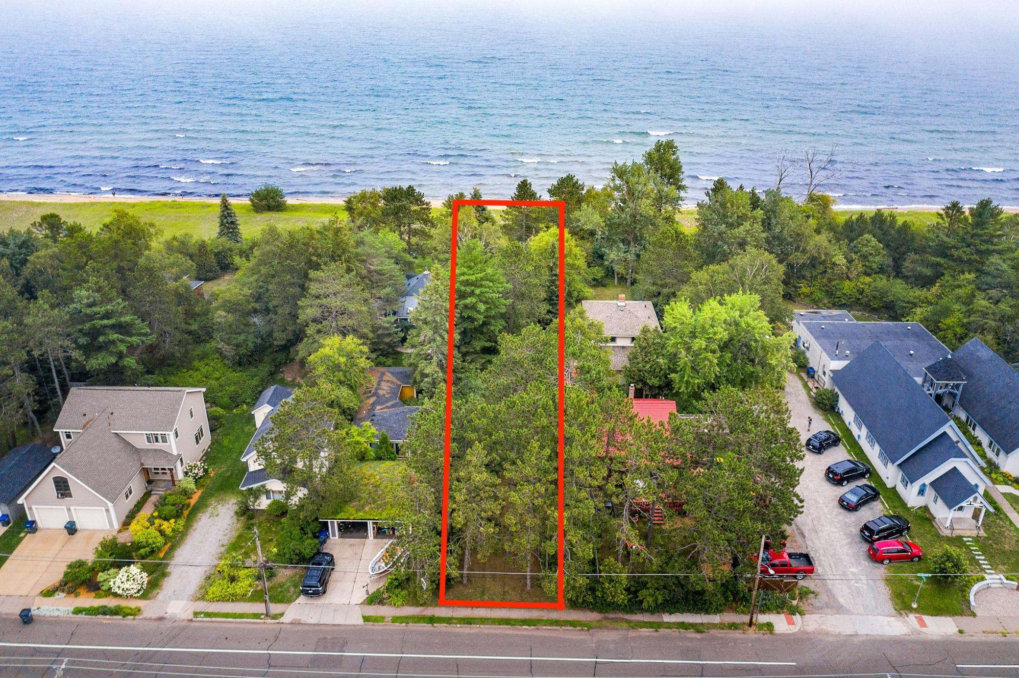27 XX S Lake Ave Property Photo - Duluth, MN real estate listing