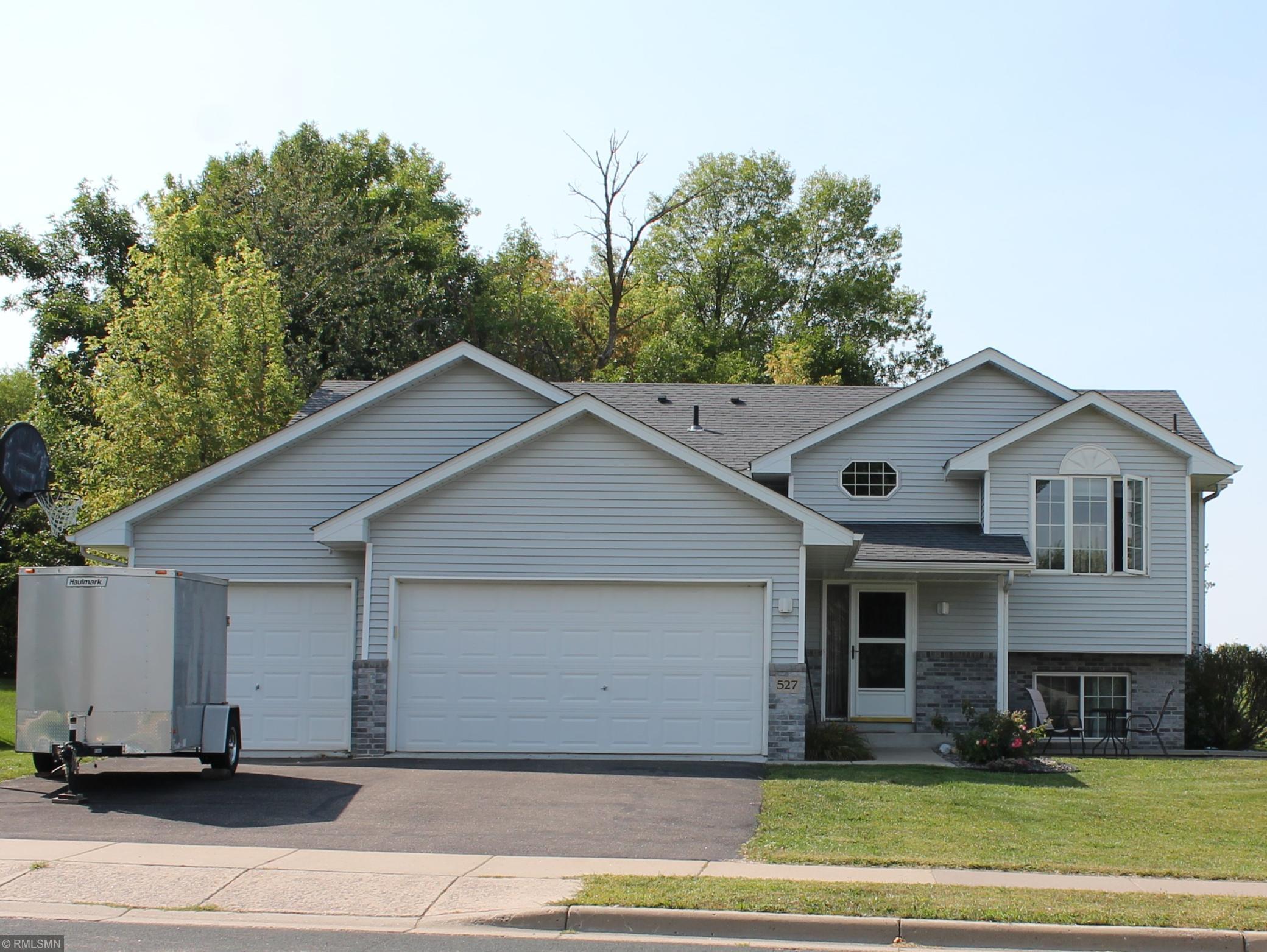 527 Emerson Avenue N Property Photo - Montrose, MN real estate listing