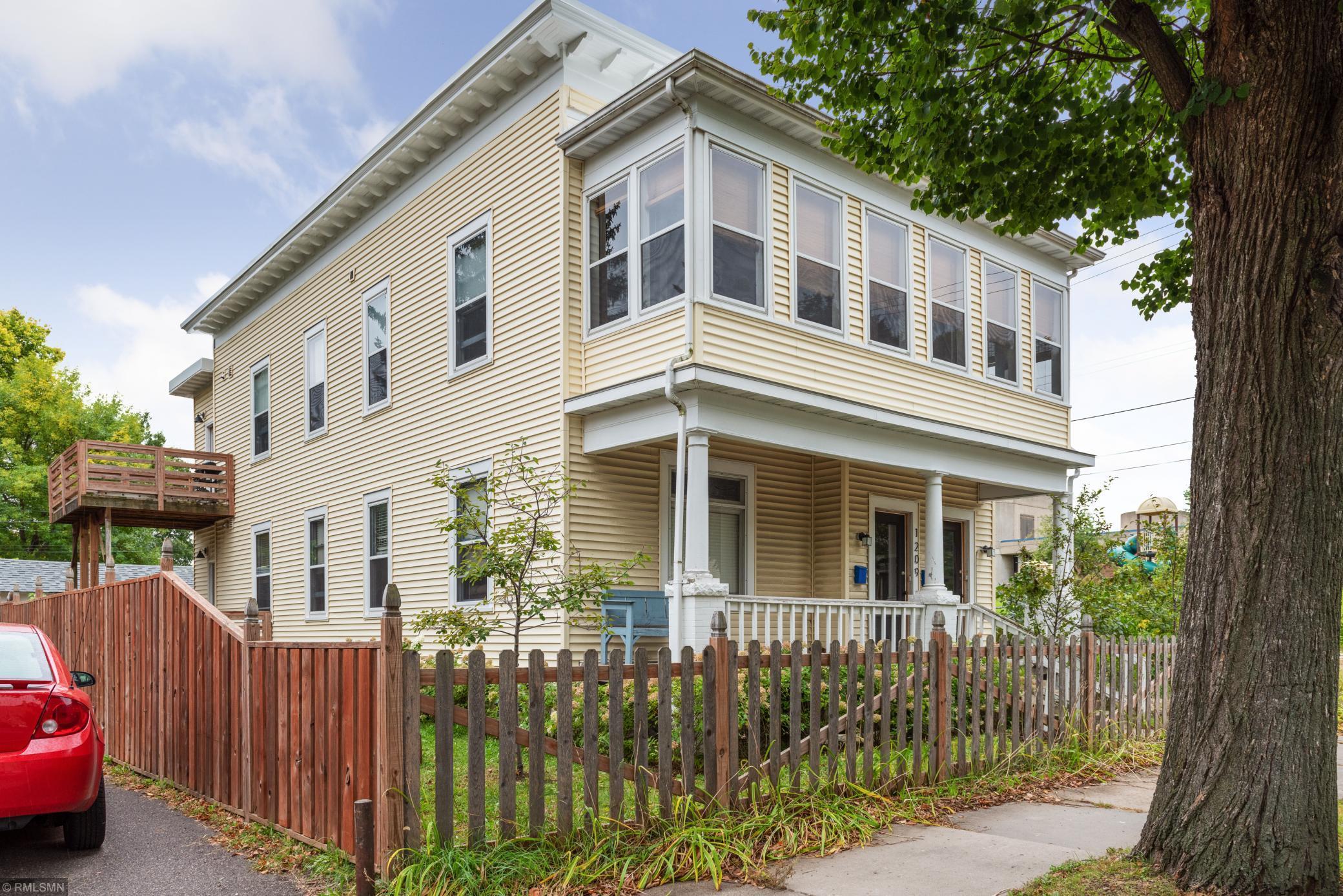 1209 25th Avenue N Property Photo - Minneapolis, MN real estate listing