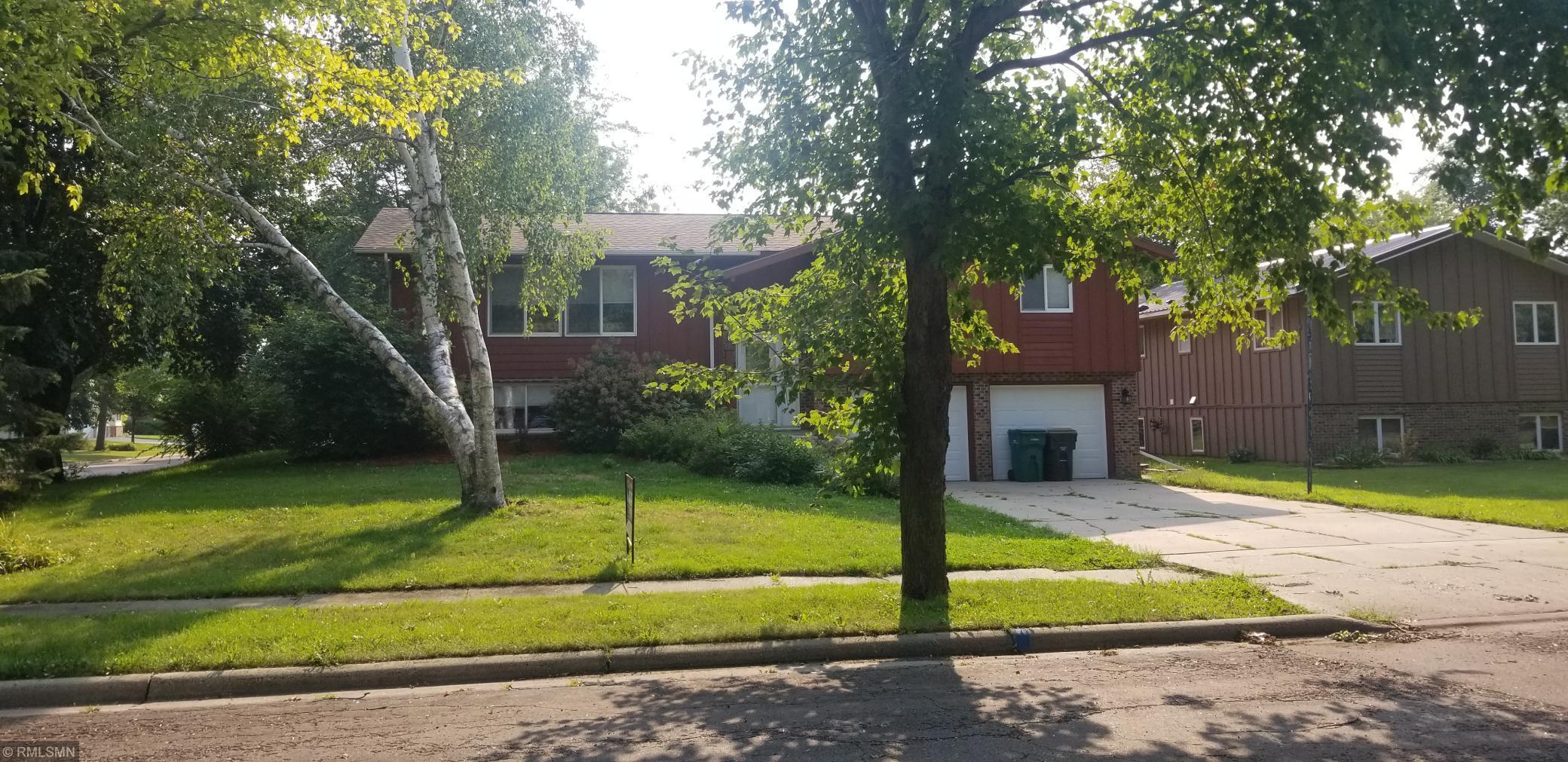 1816 Judd Avenue N Property Photo - Glencoe, MN real estate listing