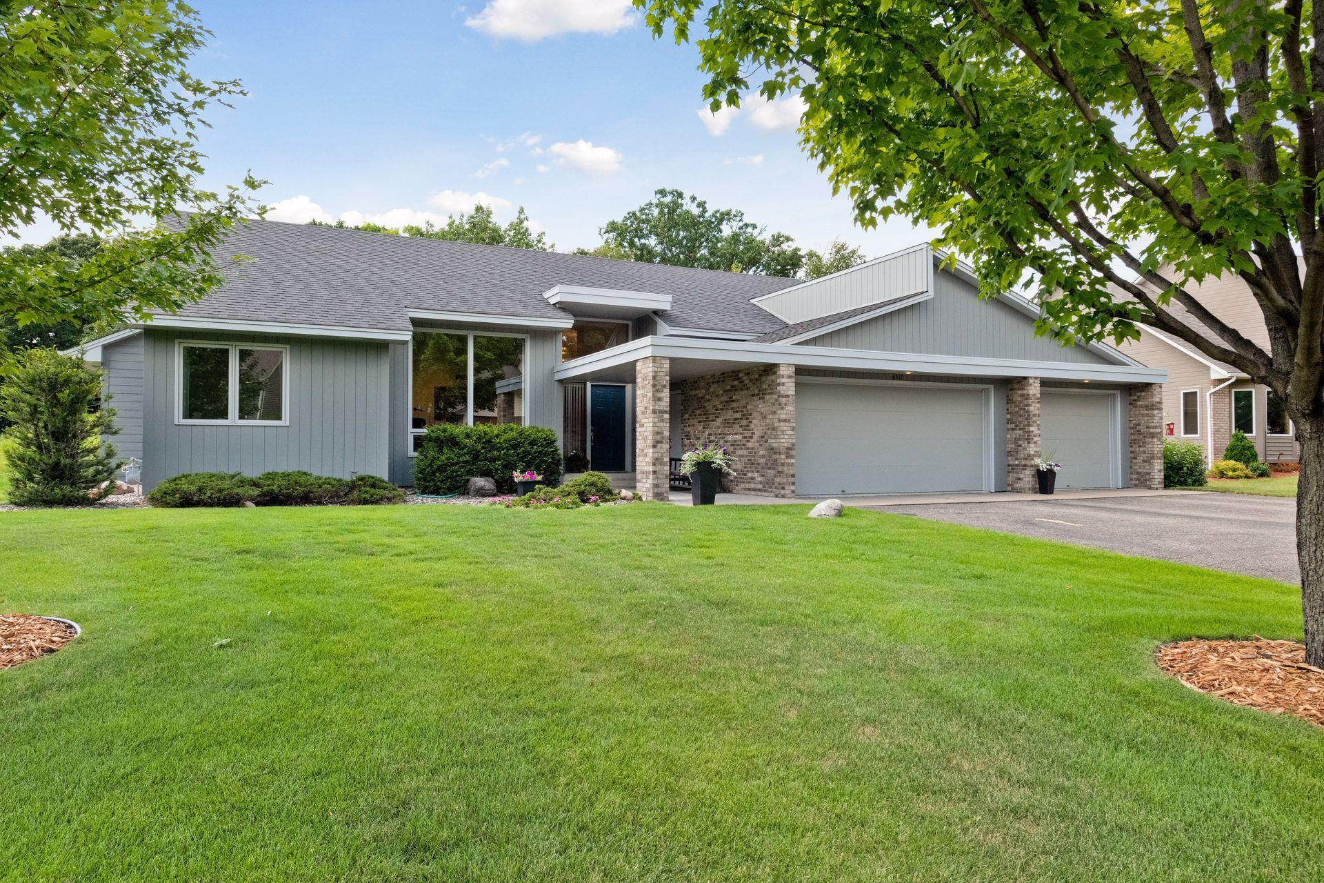 6512 Promontory Drive Property Photo - Eden Prairie, MN real estate listing