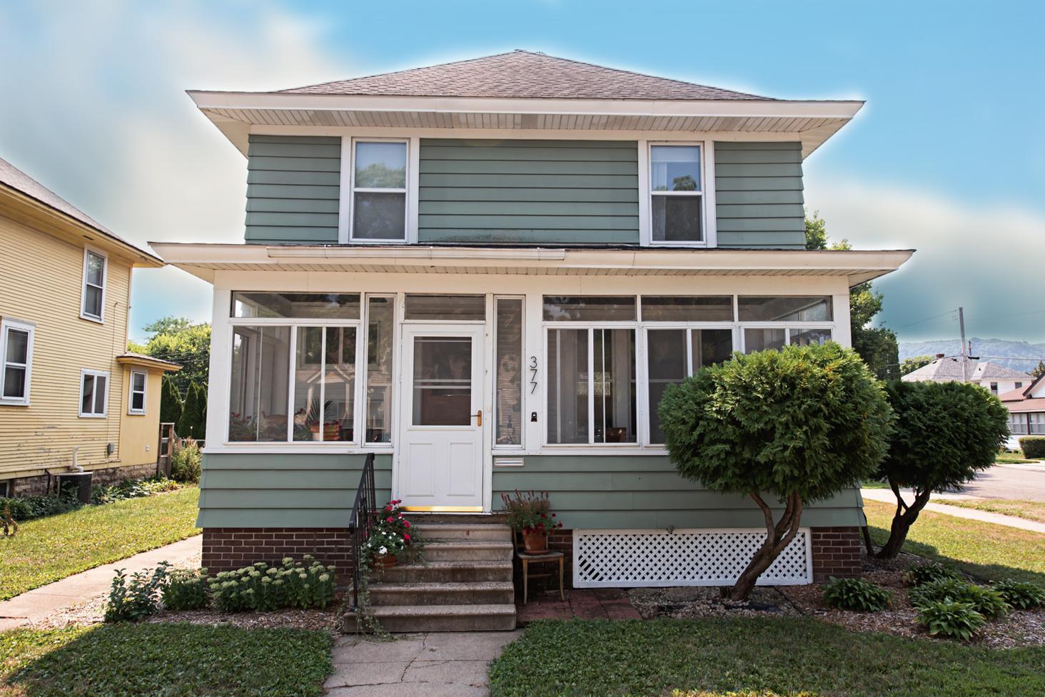 377 W 9th Street Property Photo