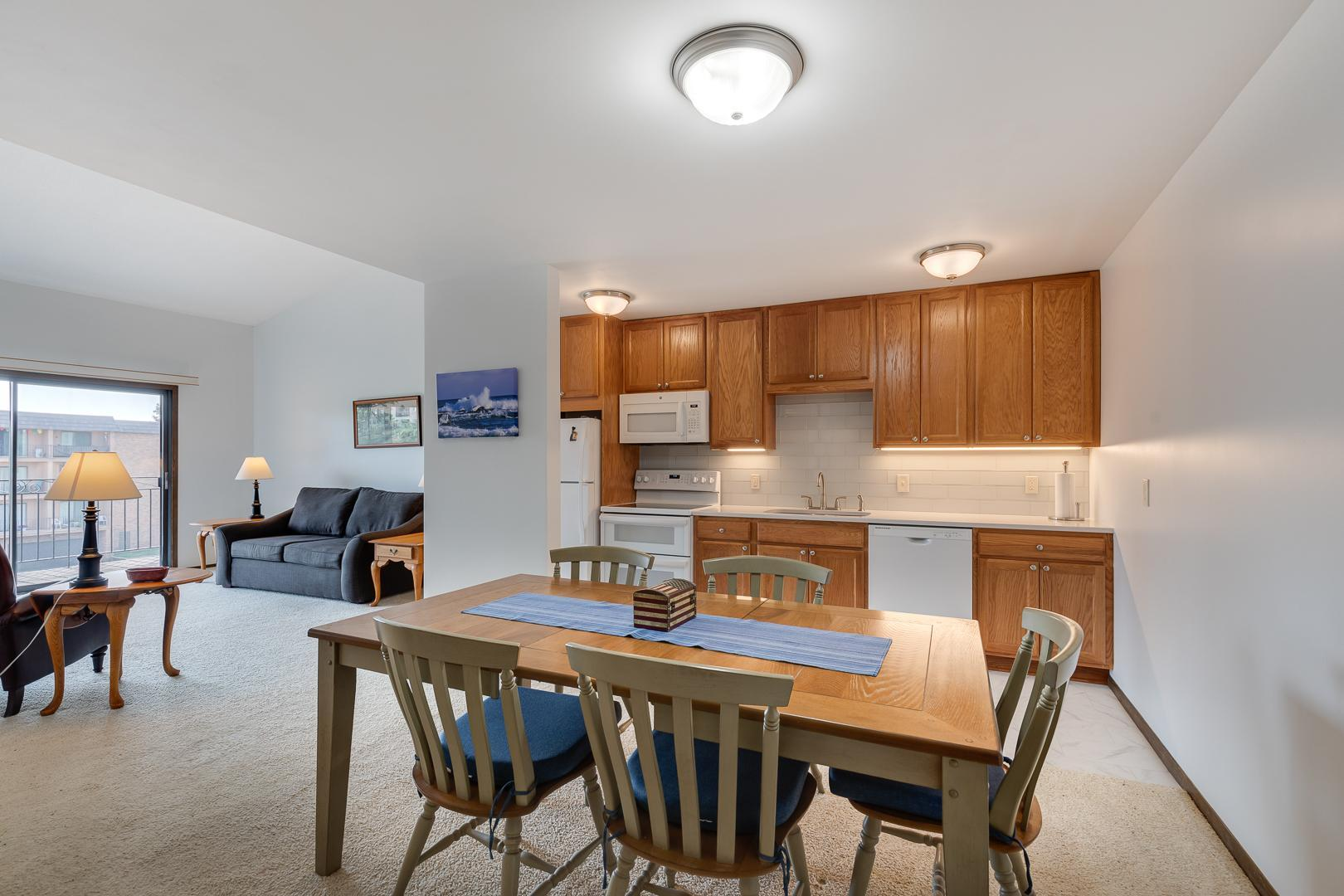 4100 Parklawn Avenue #306 Property Photo