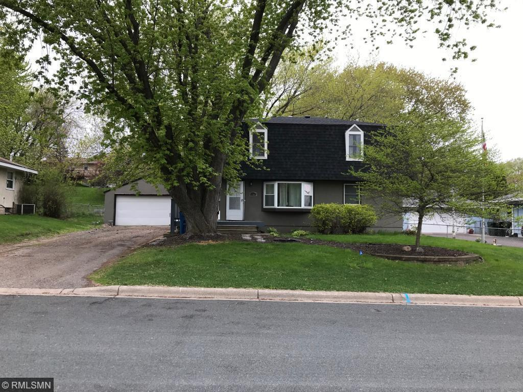 6961 Claude Avenue Property Photo - Inver Grove Heights, MN real estate listing