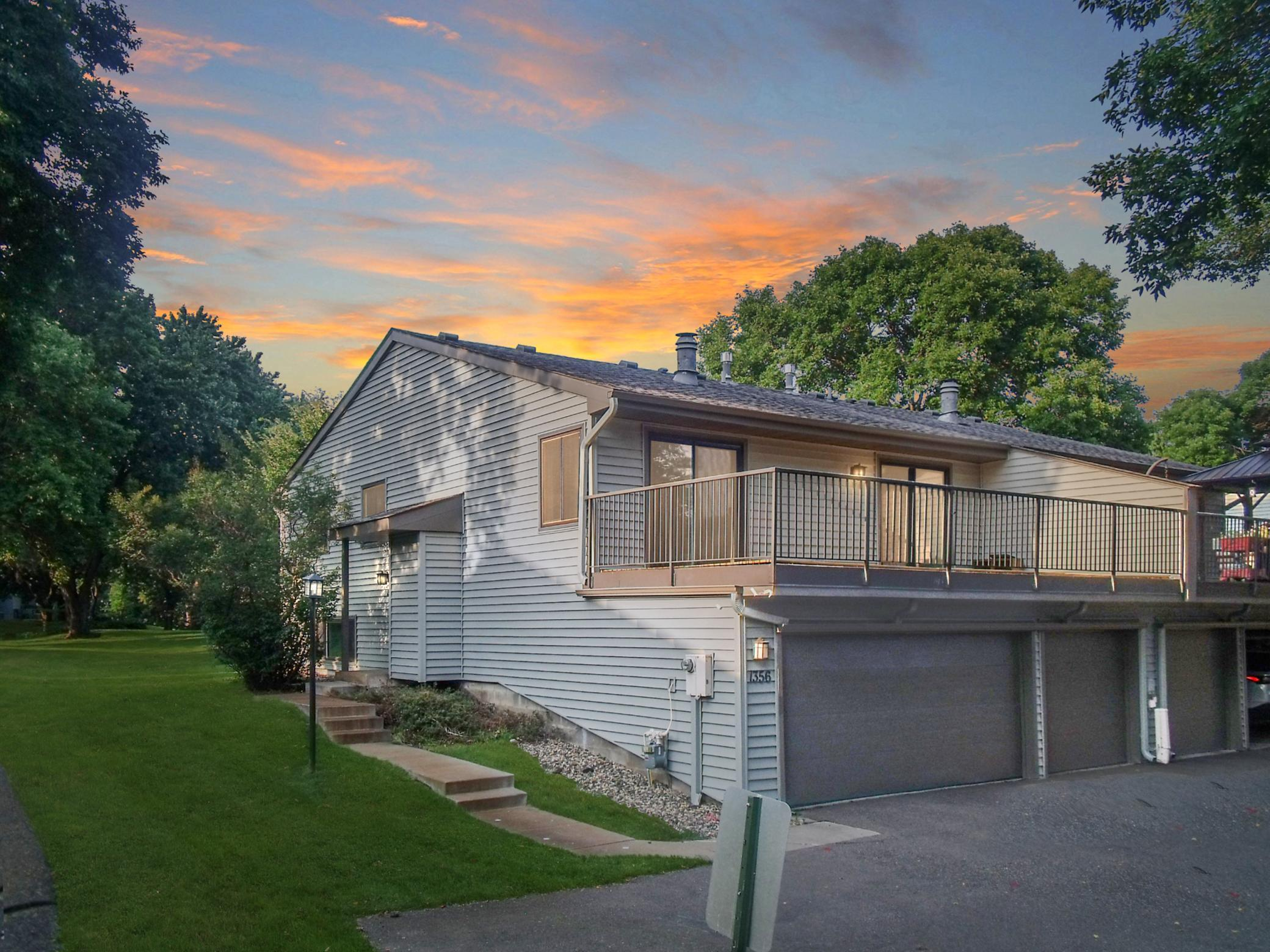 1356 Arden View Drive Property Photo - Arden Hills, MN real estate listing