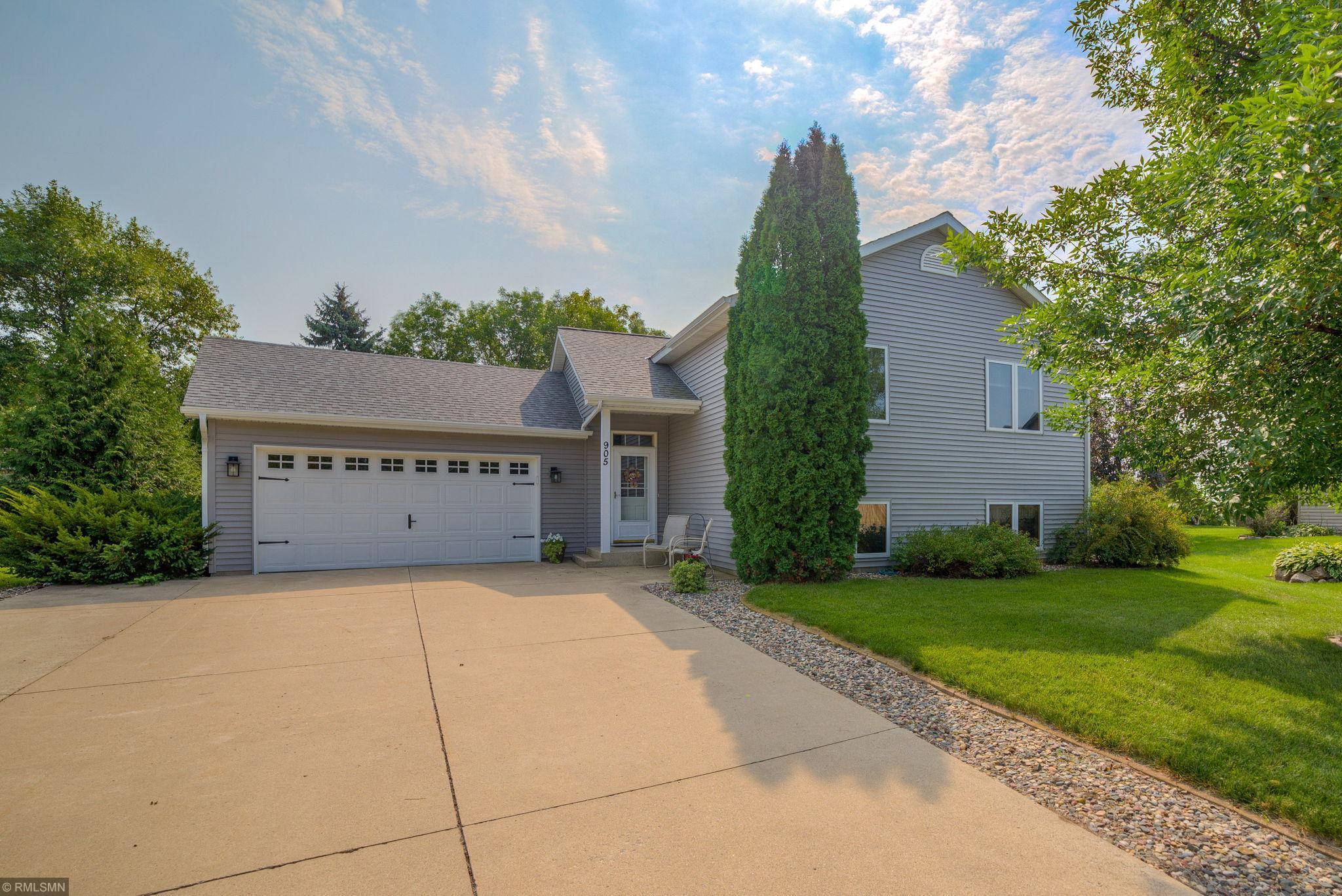 905 Swanson Avenue SE Property Photo - Cokato, MN real estate listing