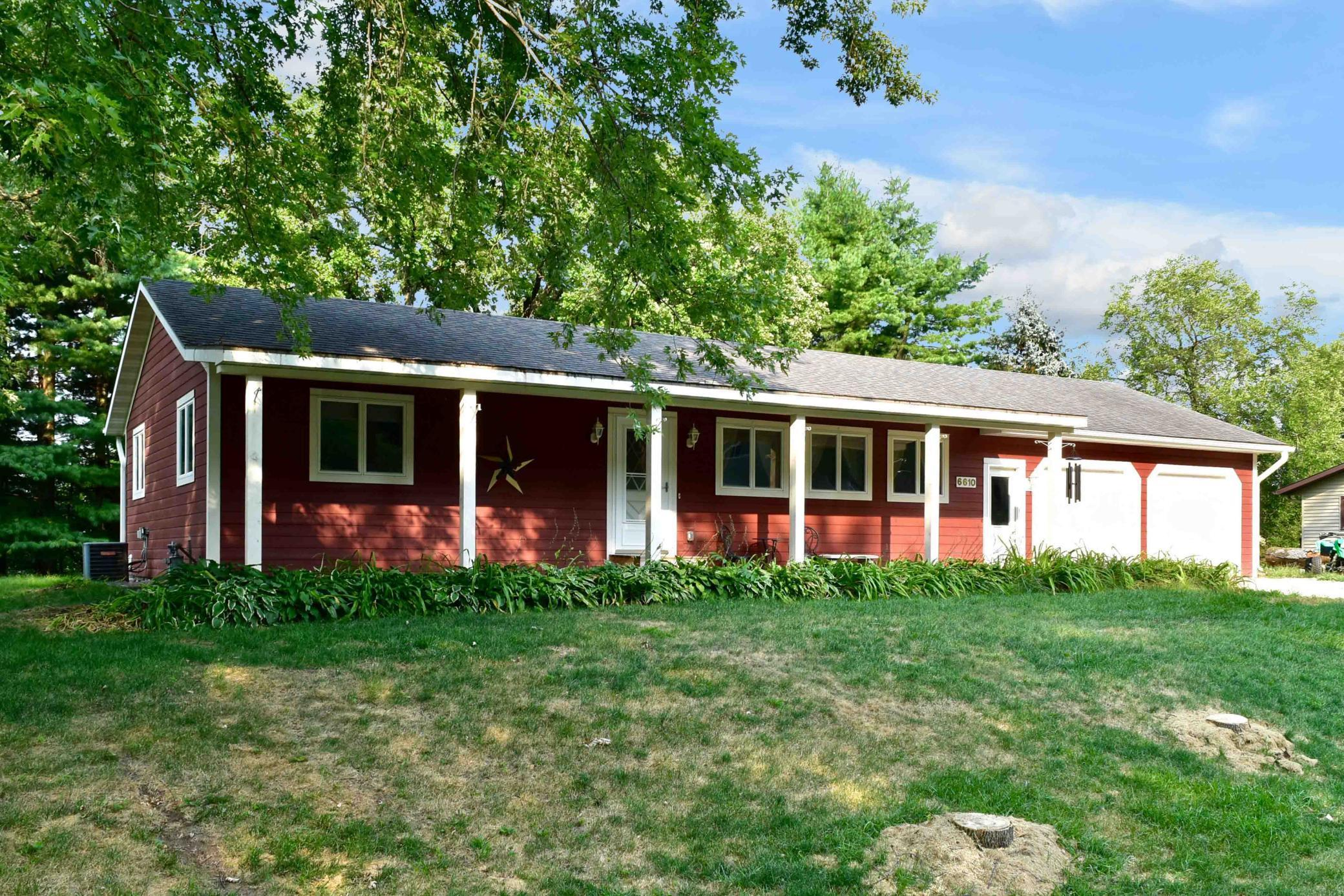 6610 Woodland Boulevard Property Photo - Goodview, MN real estate listing