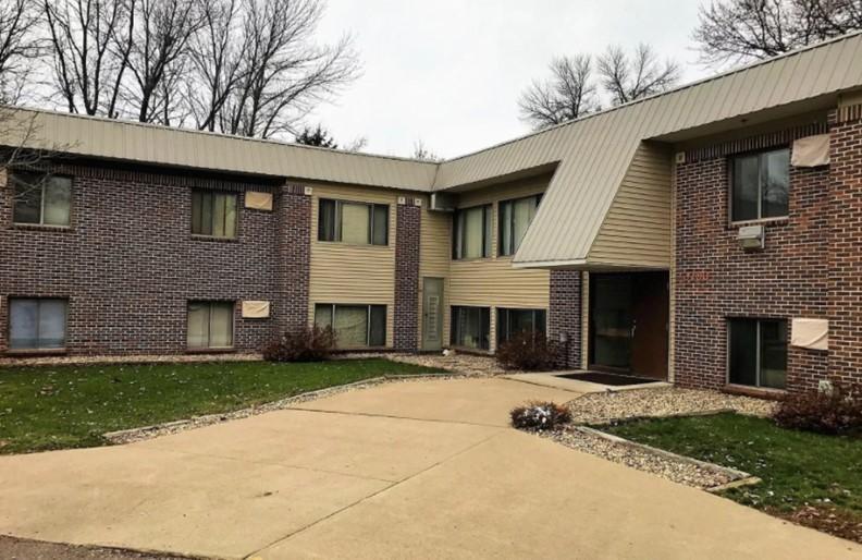 56172 Real Estate Listings Main Image
