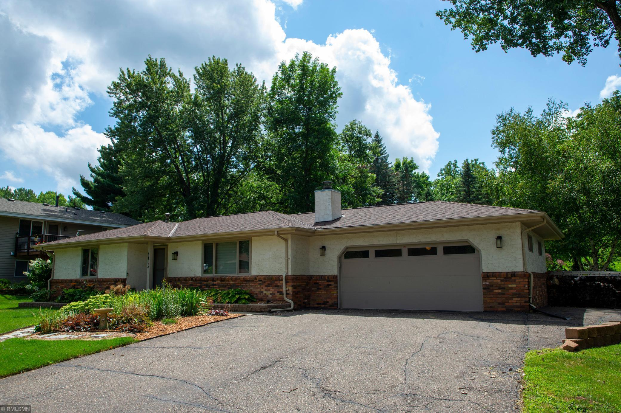 8105 Casper Way Property Photo - Inver Grove Heights, MN real estate listing