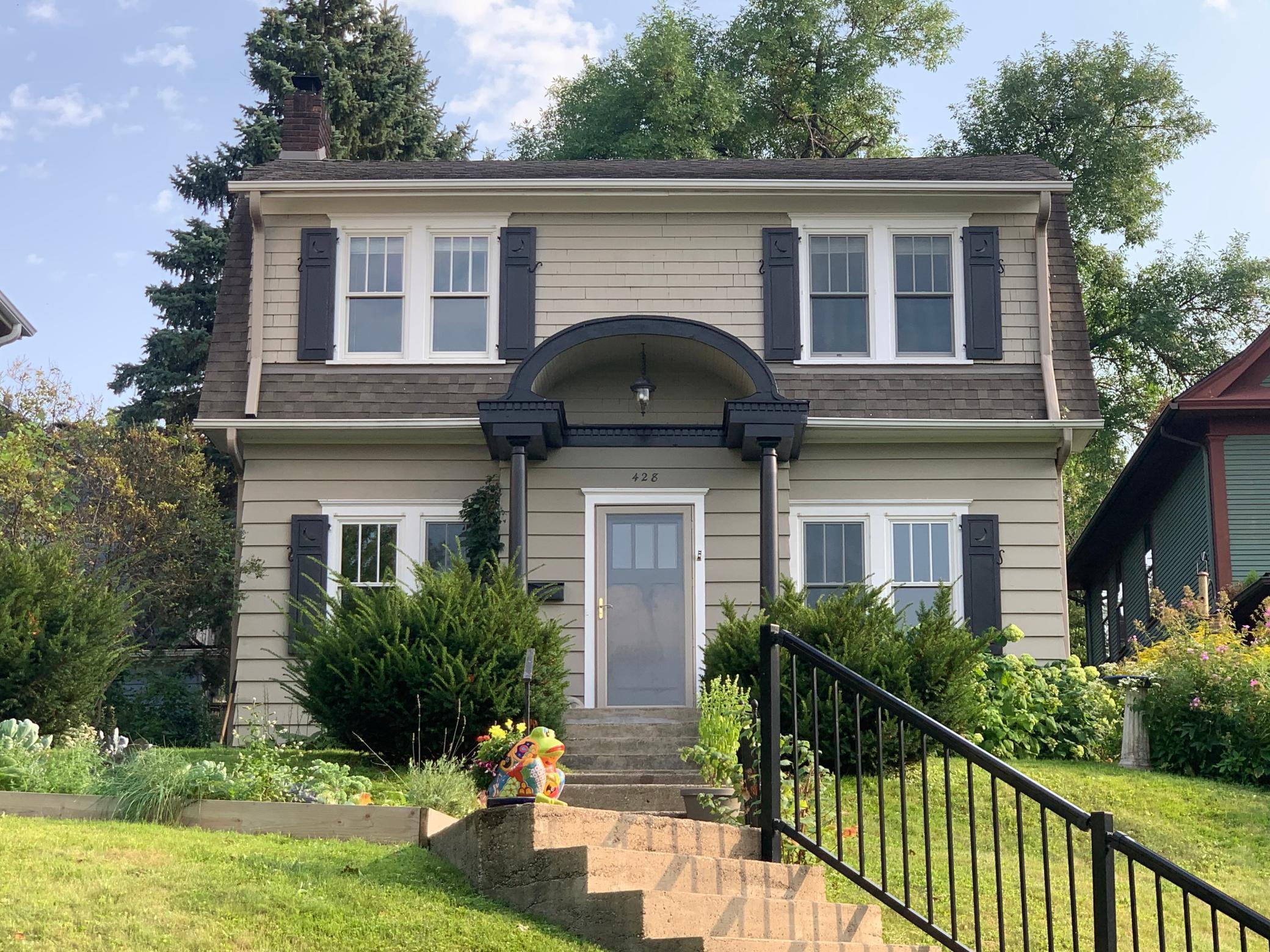 428 Cherokee Avenue Property Photo - Saint Paul, MN real estate listing