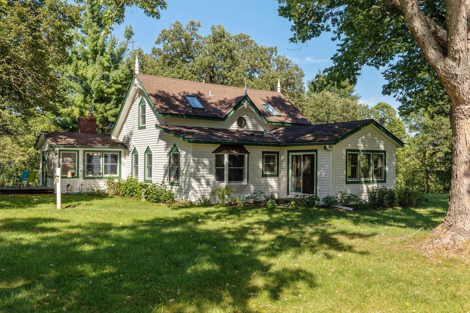 2421 Stagecoach Trail S Property Photo - Afton, MN real estate listing