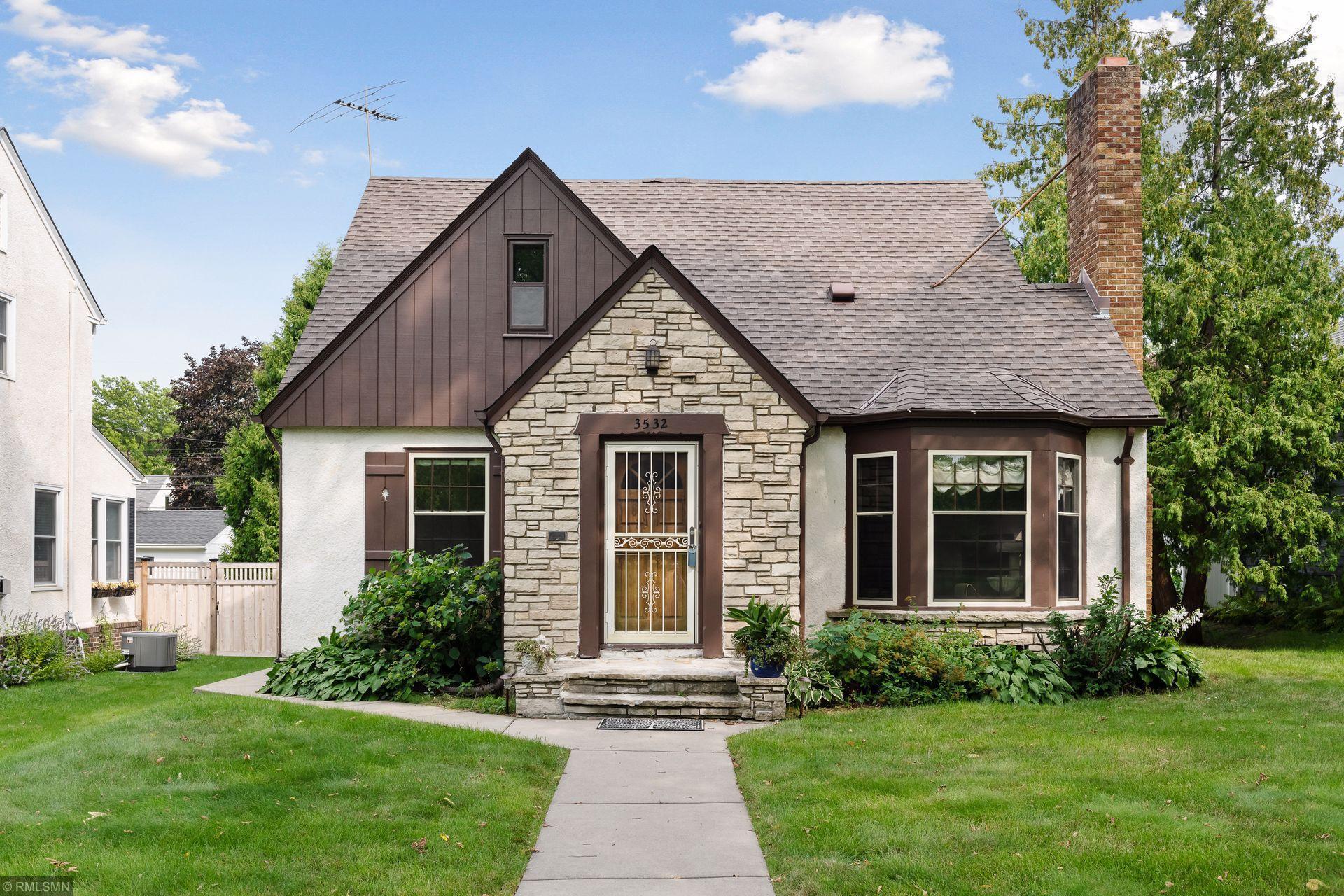 3532 Xerxes Avenue N Property Photo - Minneapolis, MN real estate listing