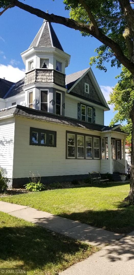 310 E Clark Street Property Photo