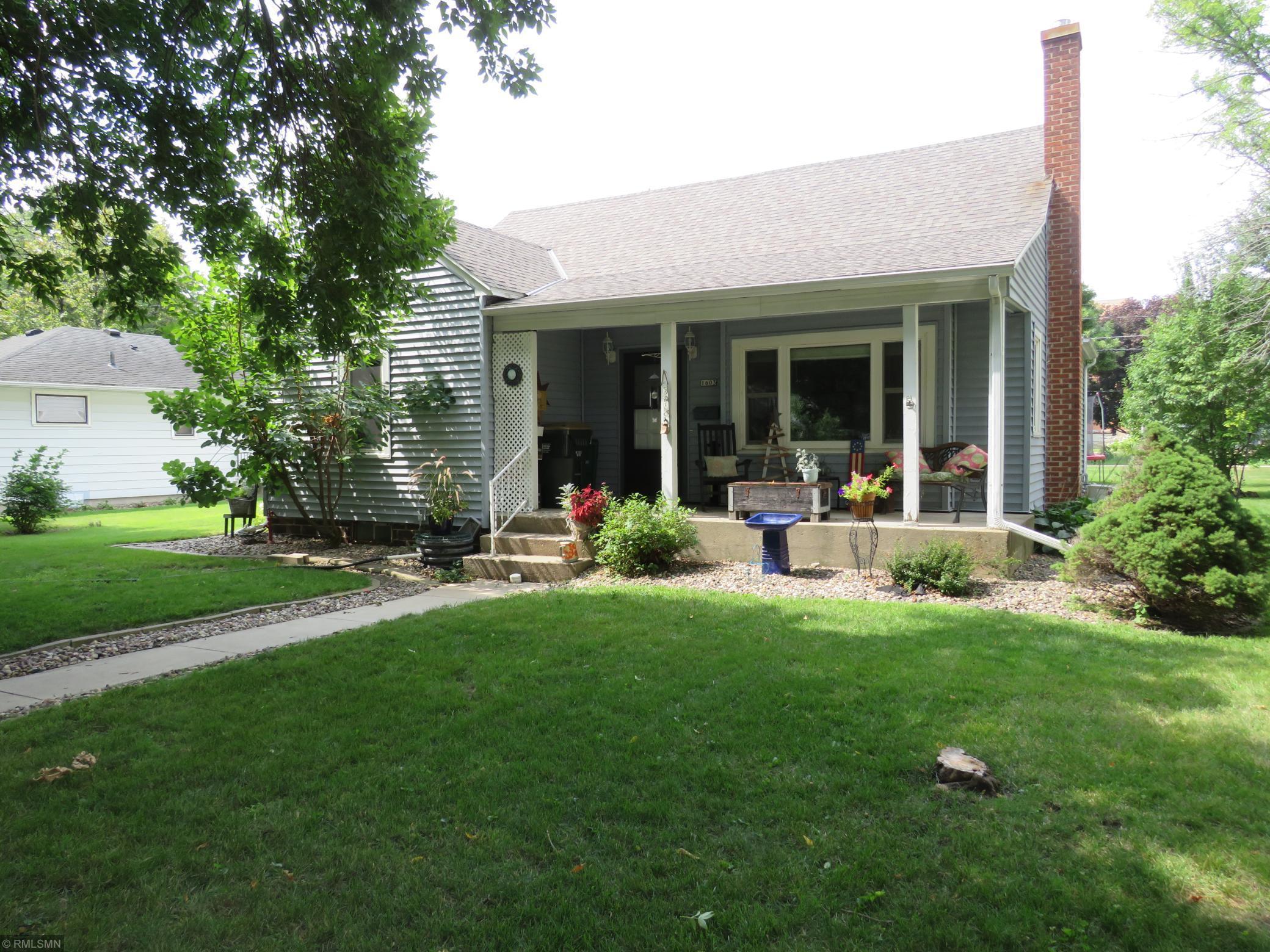 1603 Ives Avenue N Property Photo - Glencoe, MN real estate listing