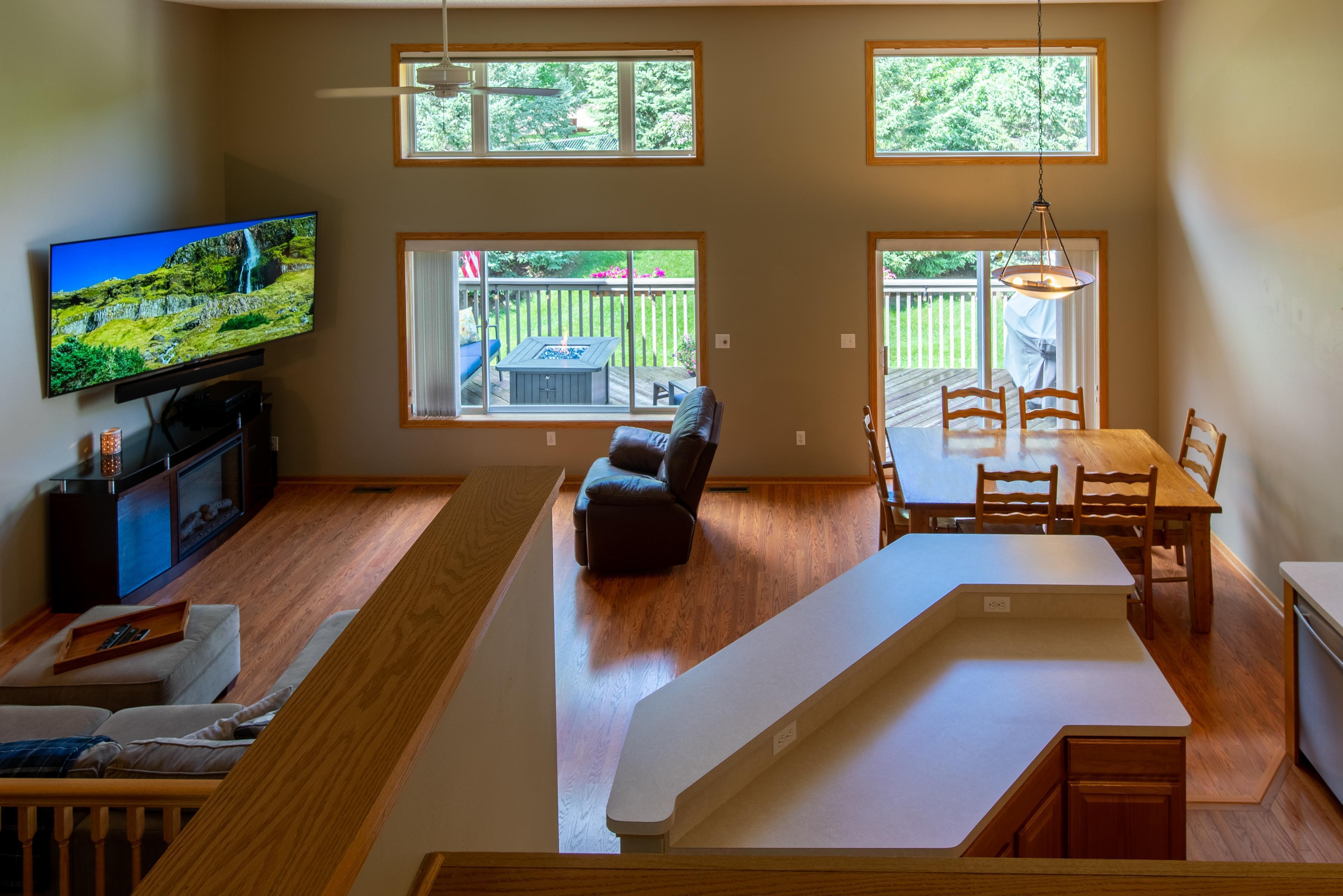 3135 Crane Creek Place Property Photo - Eagan, MN real estate listing