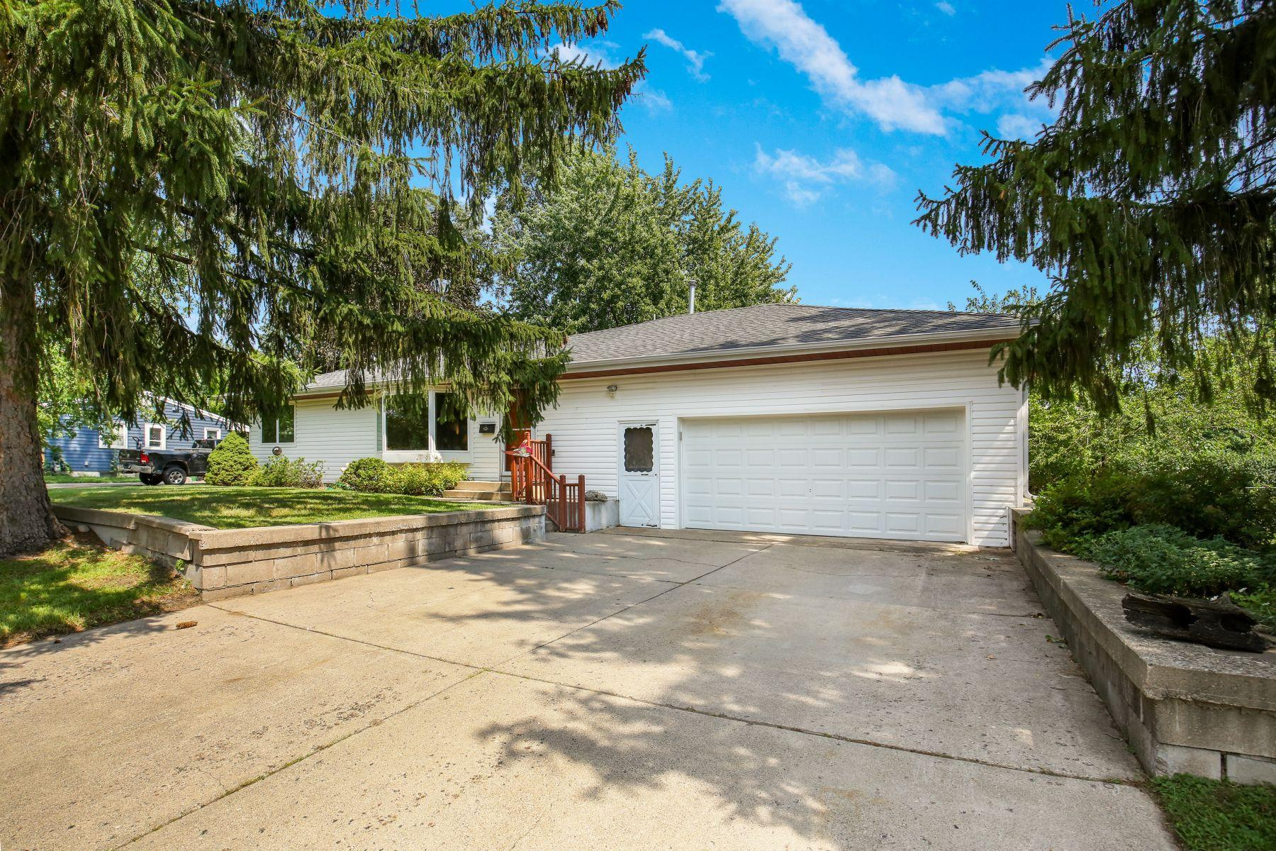 8333 15th Avenue S Property Photo - Bloomington, MN real estate listing