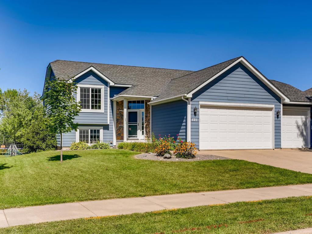 521 2nd Street S Property Photo - Montrose, MN real estate listing