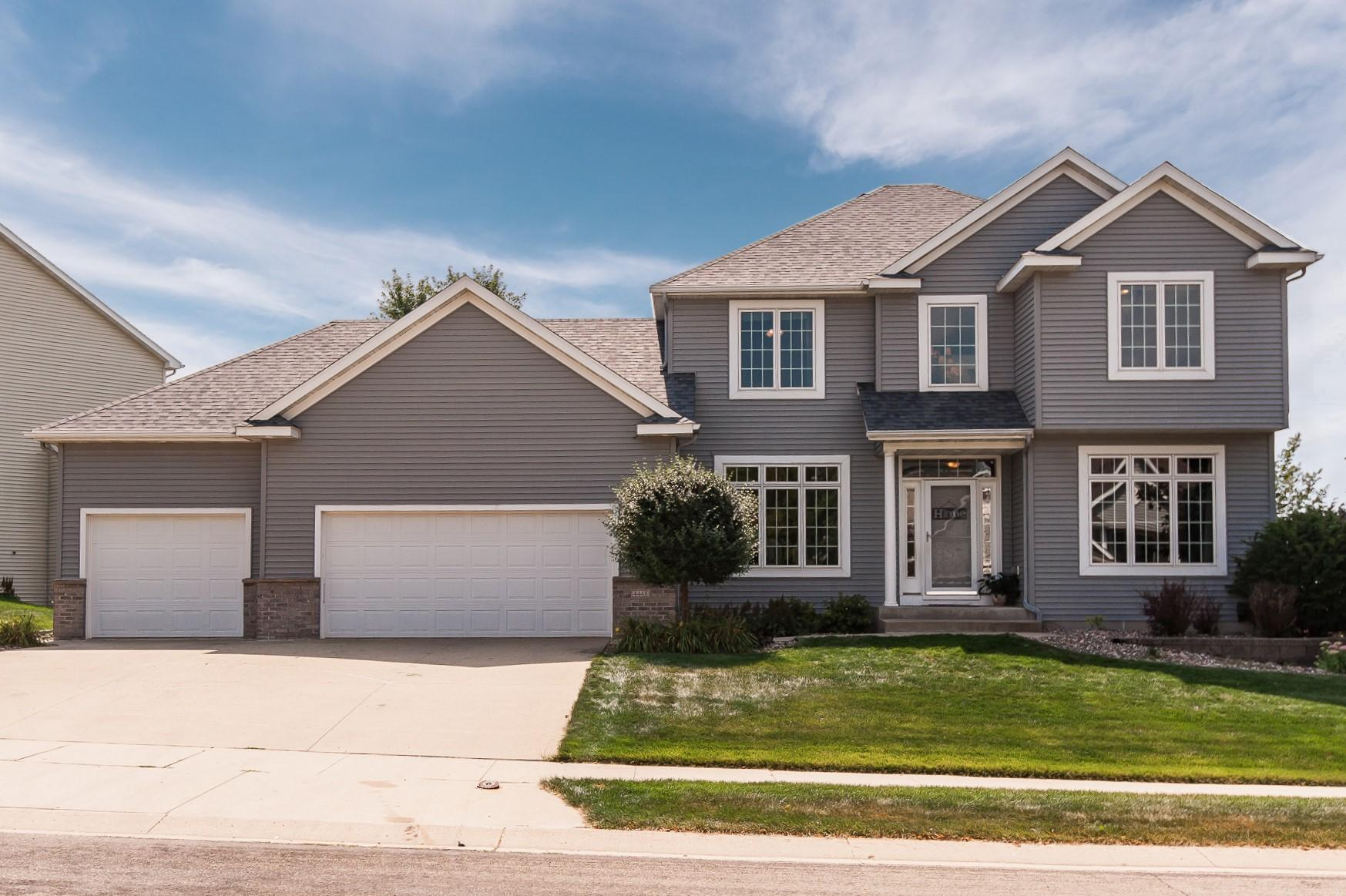 4448 Shetland Place NW Property Photo - Rochester, MN real estate listing