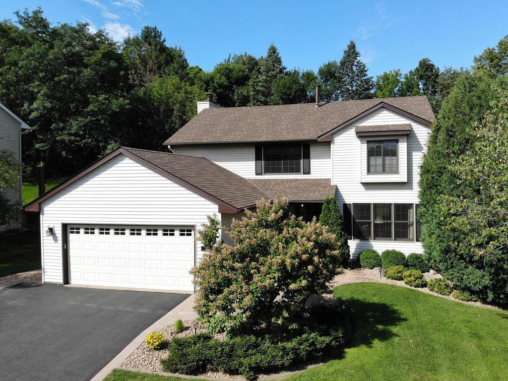 6419 Mere Drive Property Photo - Eden Prairie, MN real estate listing