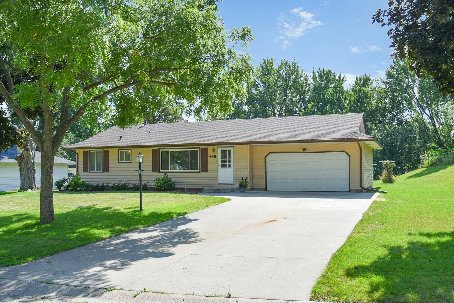 449 Walnut Lane Property Photo - Apple Valley, MN real estate listing
