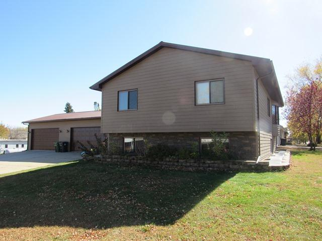 409 W 3rd Street Property Photo - Adrian, MN real estate listing