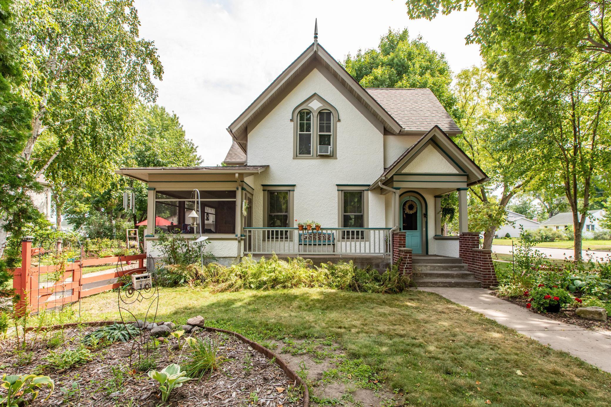501 S Oak Street Property Photo