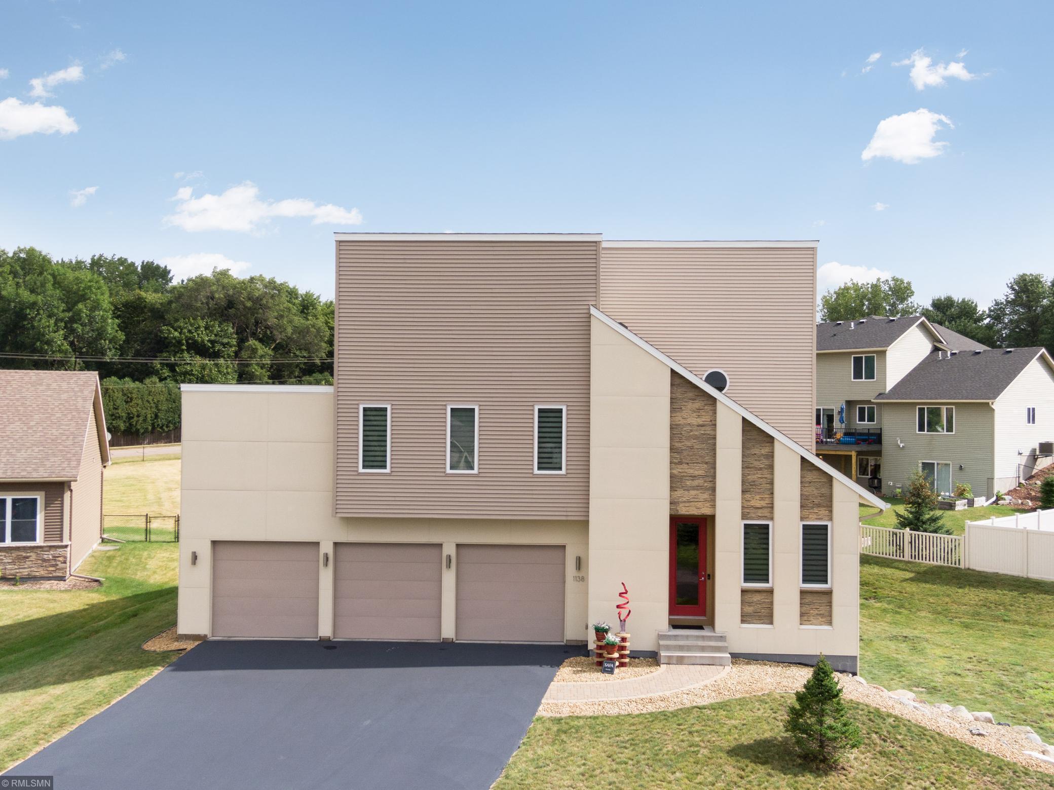 1138 Sunset Bay Property Photo - Woodbury, MN real estate listing