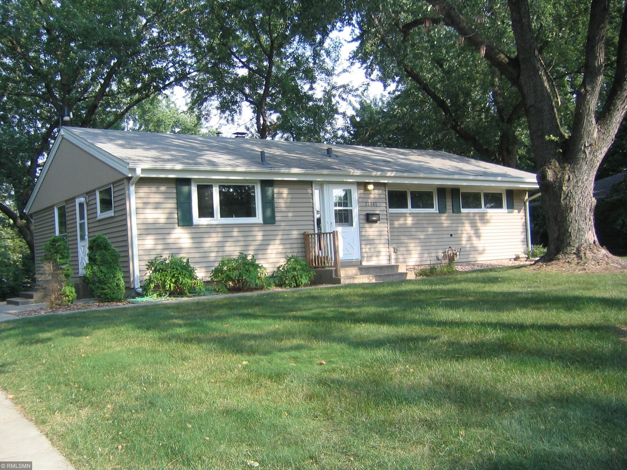 11041 Xerxes Avenue S Property Photo - Bloomington, MN real estate listing