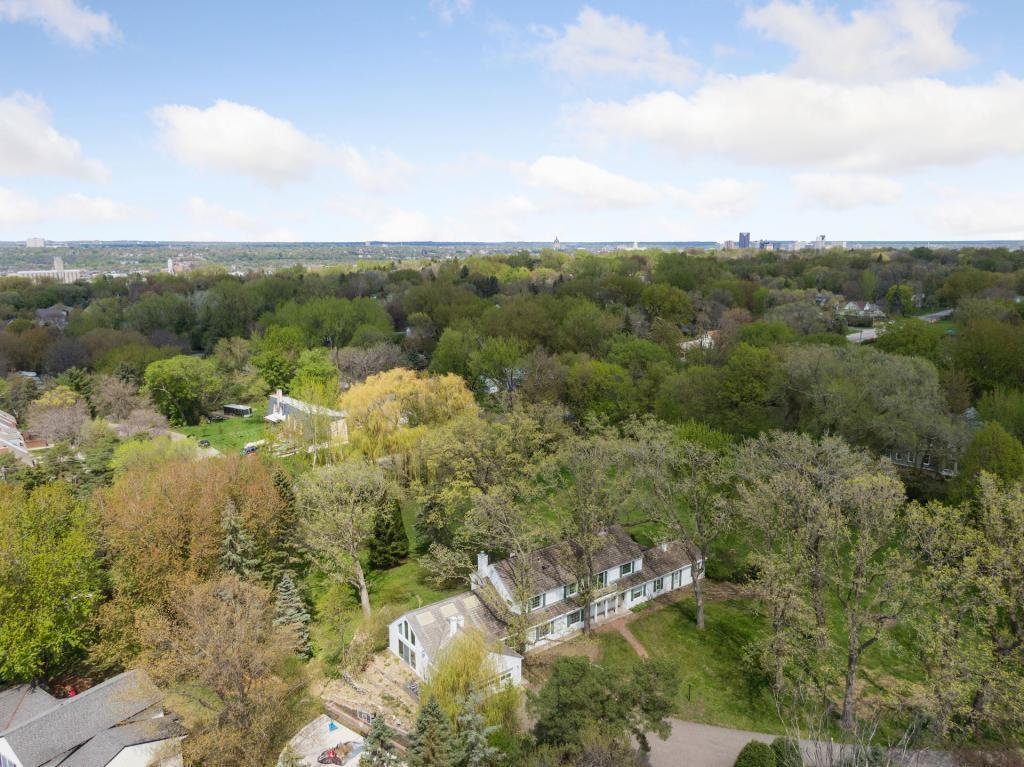 1170 Dodd Road Property Photo - Mendota Heights, MN real estate listing
