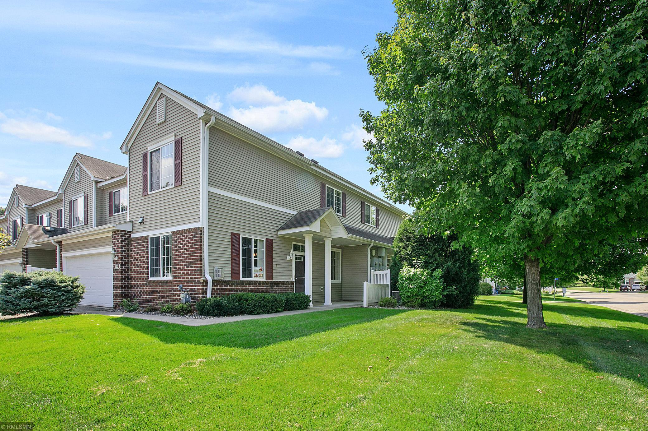 102 River Woods Drive W Property Photo - Saint Paul Park, MN real estate listing