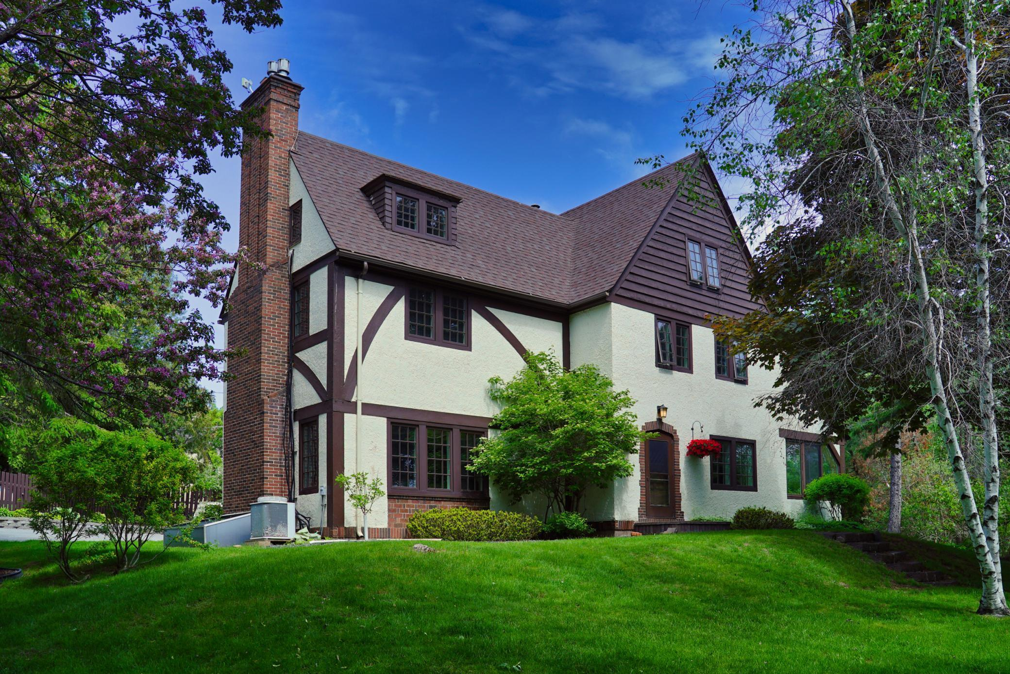 3121 Greysolon Road Property Photo - Duluth, MN real estate listing