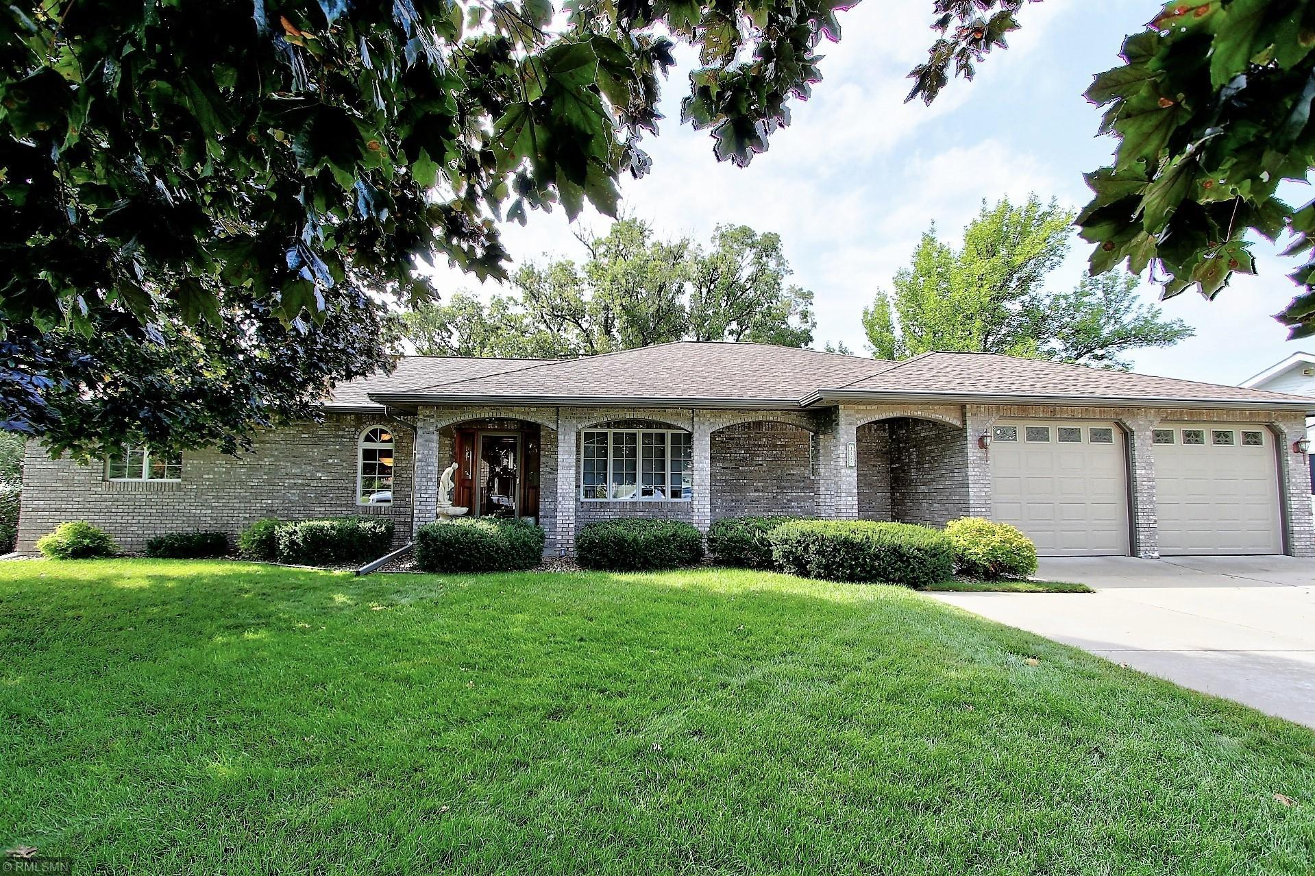 1175 Golf Ridge Circle Property Photo - Red Wing, MN real estate listing