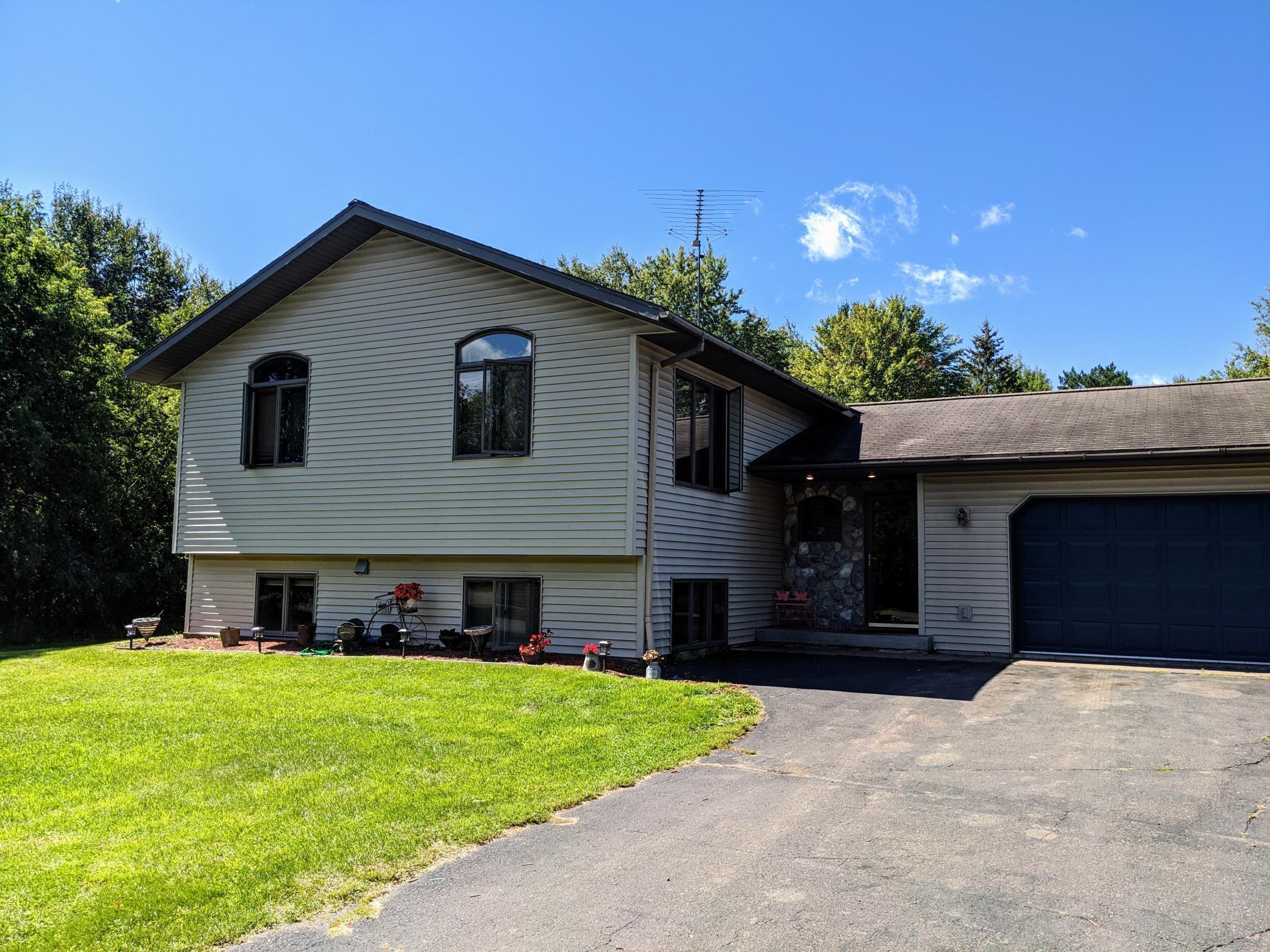 403 Pine Avenue S Property Photo - Sandstone, MN real estate listing