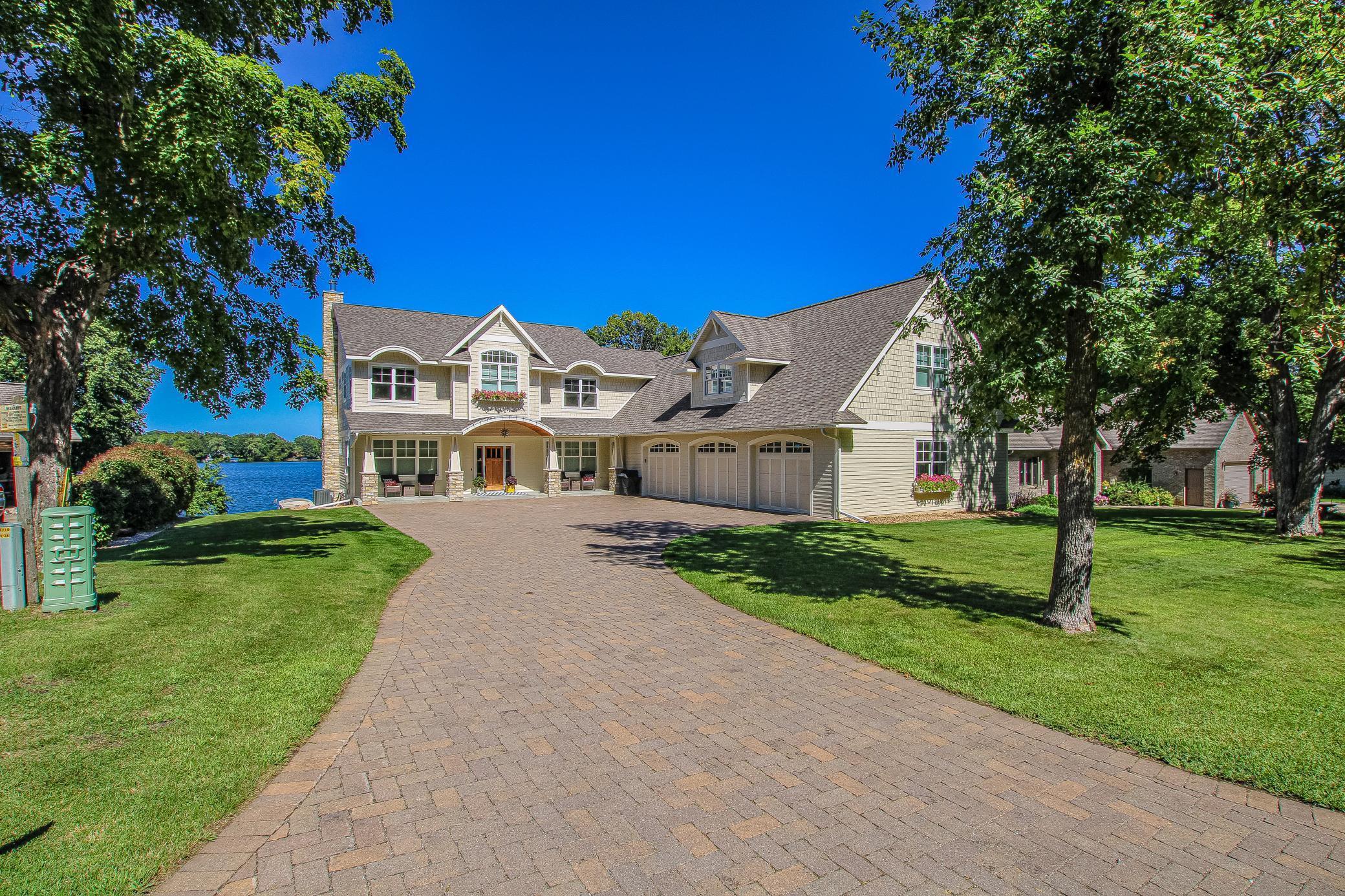 3221 E Latoka Circle SW Property Photo - Alexandria, MN real estate listing