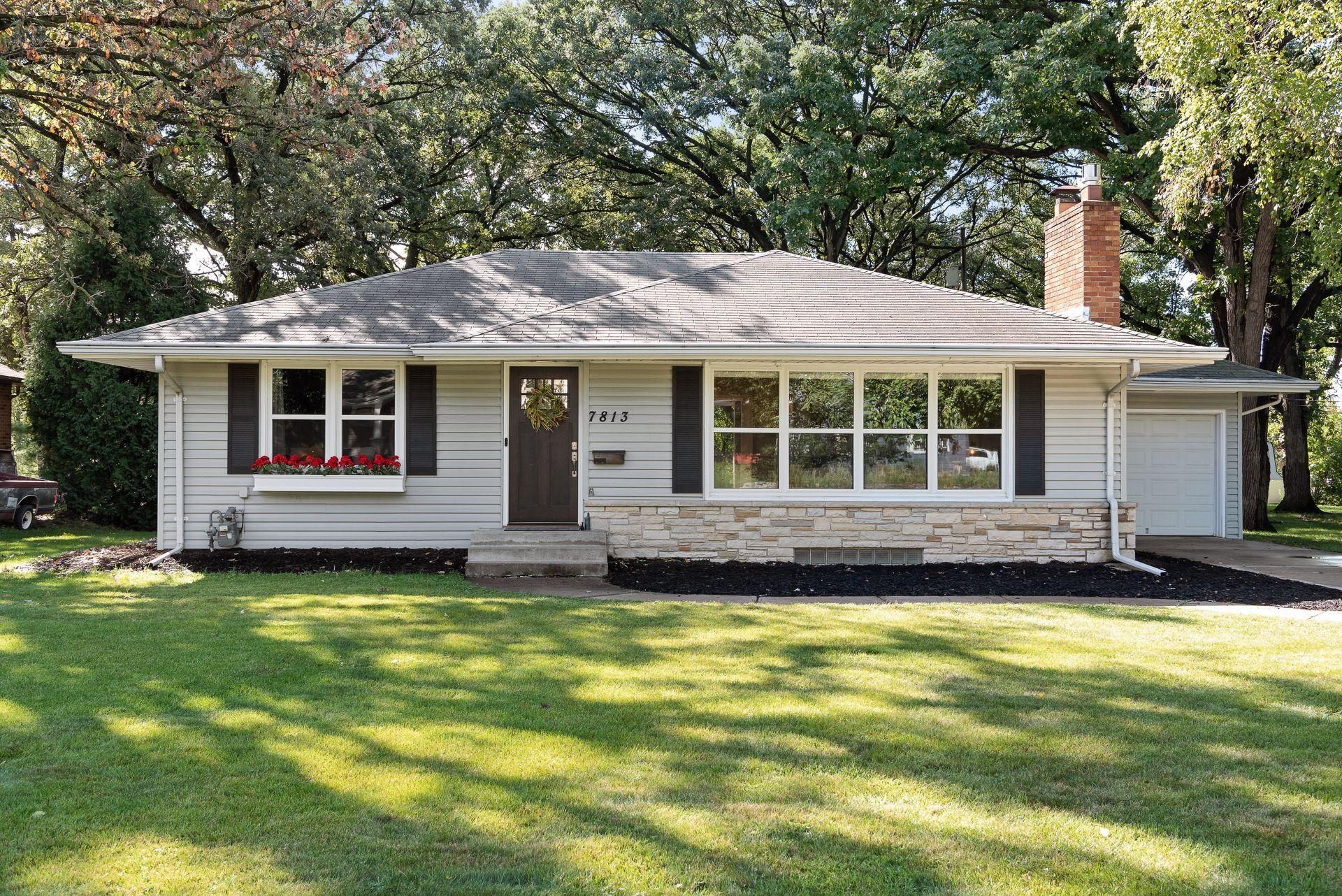 7813 Edgebrook Drive Property Photo - Saint Louis Park, MN real estate listing