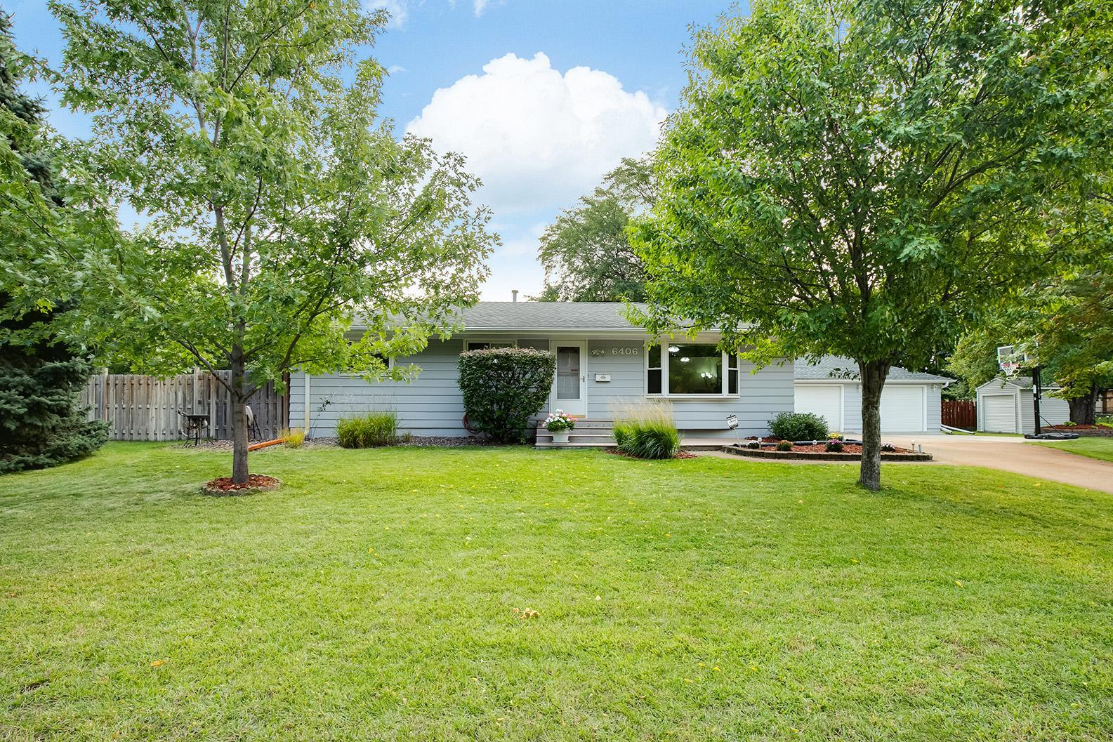 6406 Beard Avenue N Property Photo - Brooklyn Center, MN real estate listing