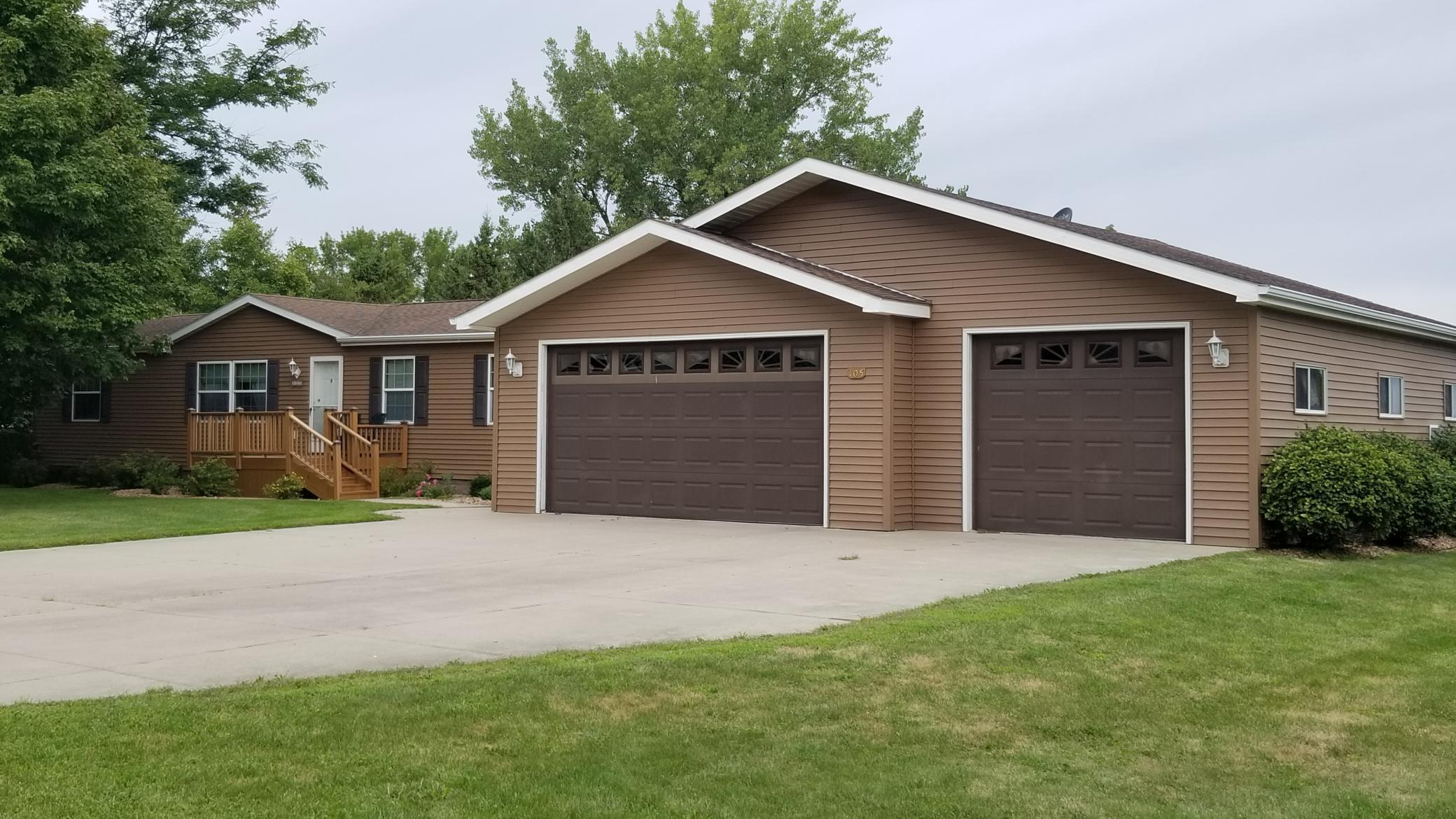 105 2nd Street Property Photo - Elkton, MN real estate listing