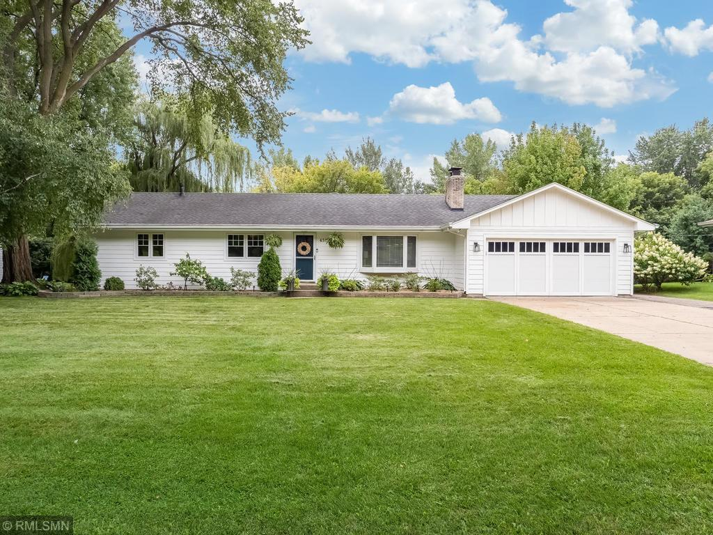 6515 Cortlawn Circle S Property Photo - Golden Valley, MN real estate listing